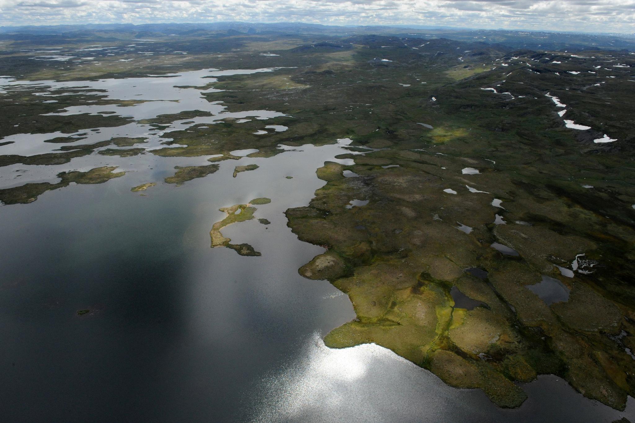 Hardangervidda, Hordaland, Norway by Lasse Tur