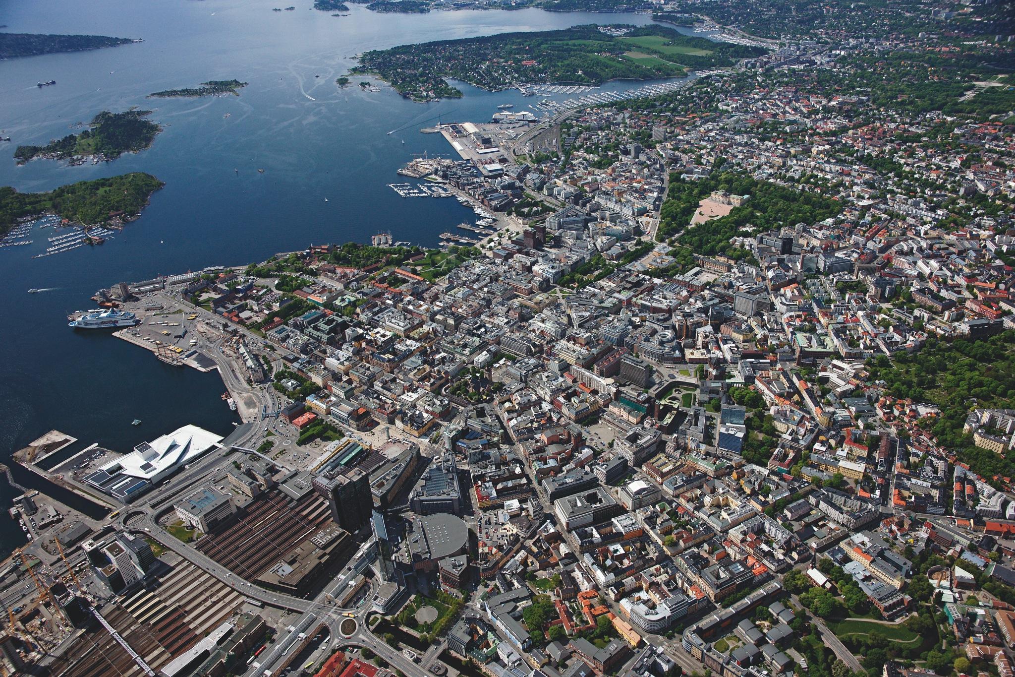 Oslo, Norway by Lasse Tur