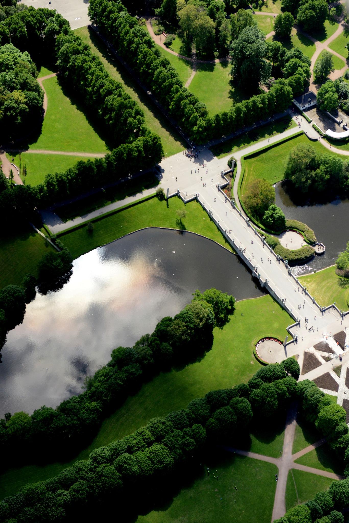 Frognerparken, Oslo, Norway by Lasse Tur
