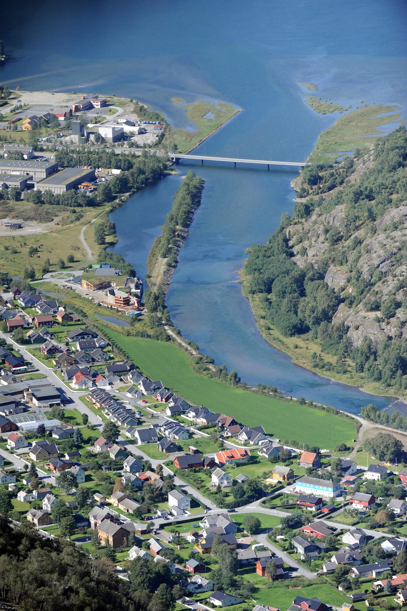 Lærdal, Norway by Lasse Tur