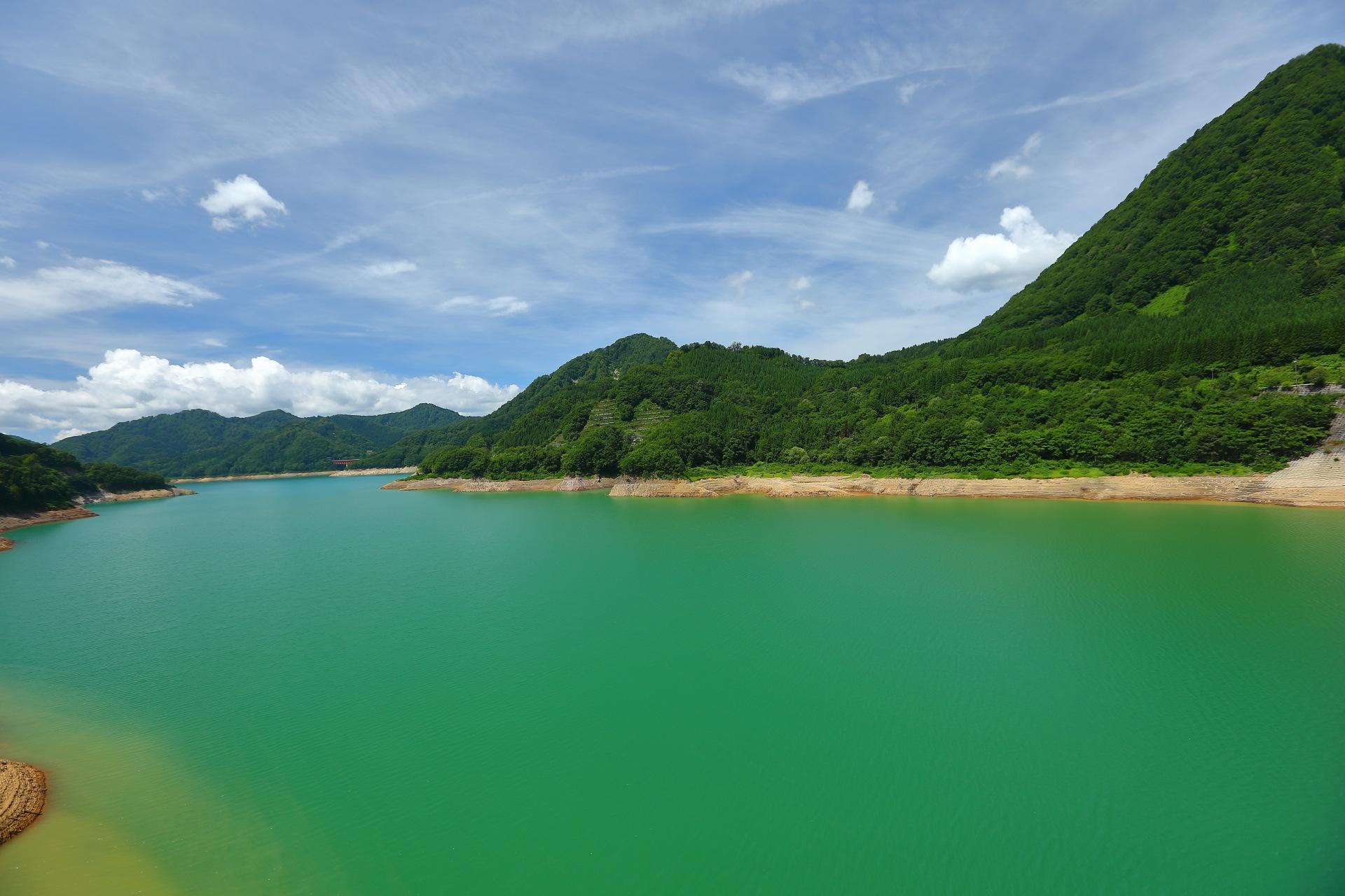 Green Water by takashi.mizoguchi