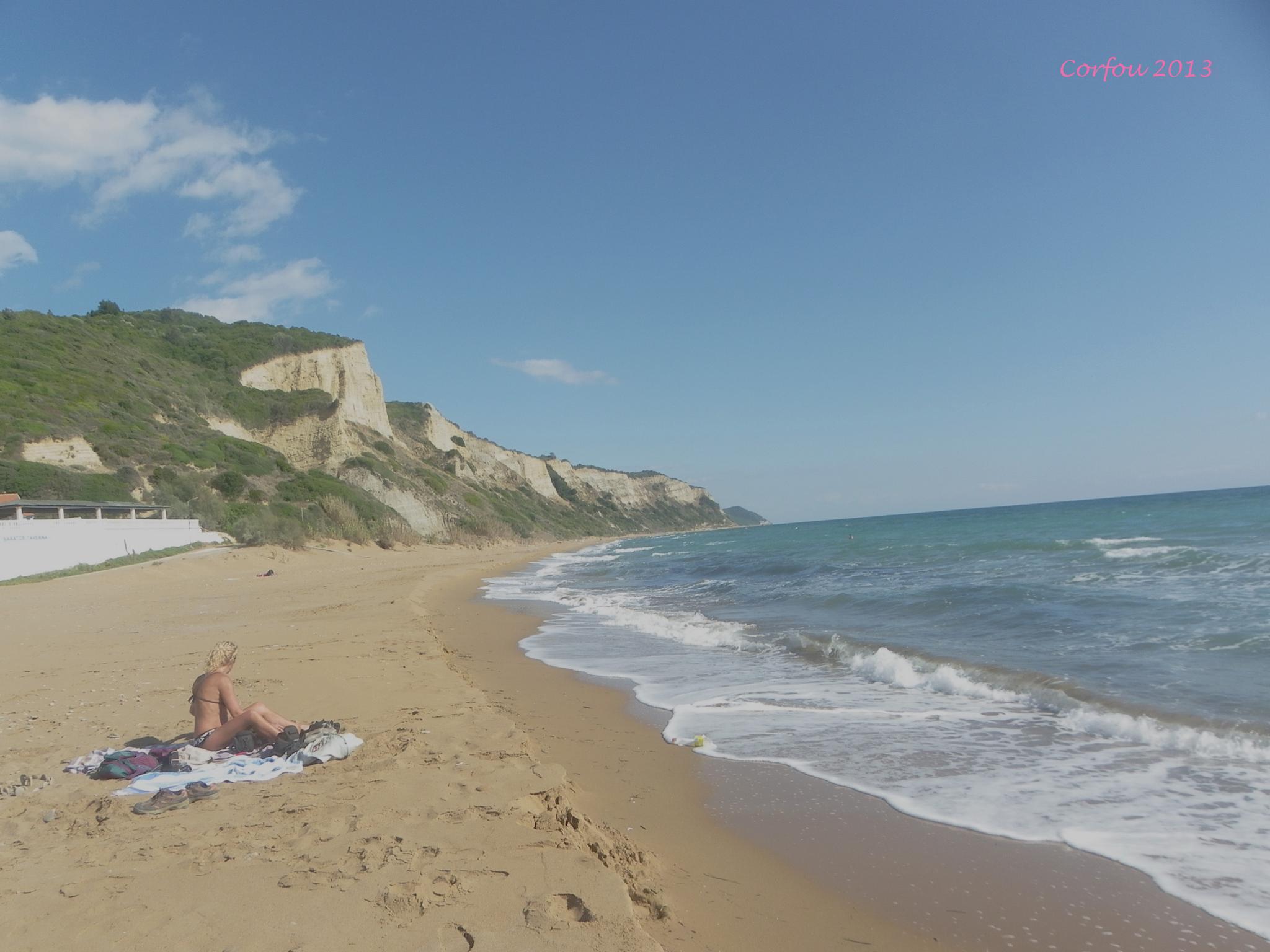 plage de Vitalides by joel.courtois