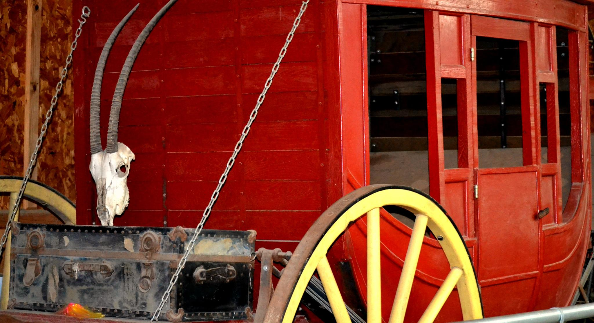 Old Coach by lindandarrell