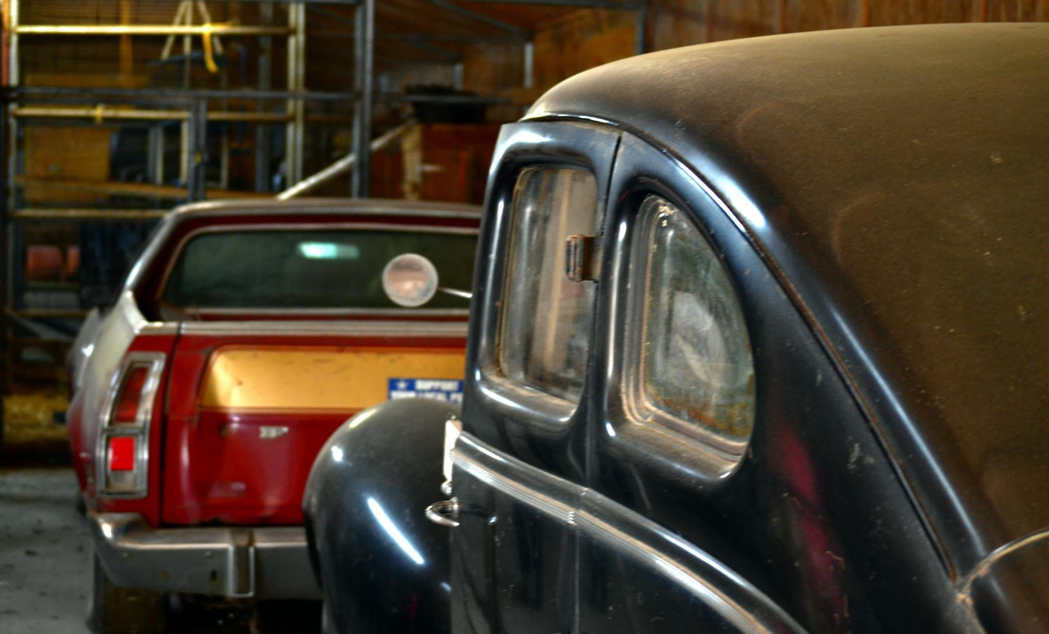 Old Cars by lindandarrell