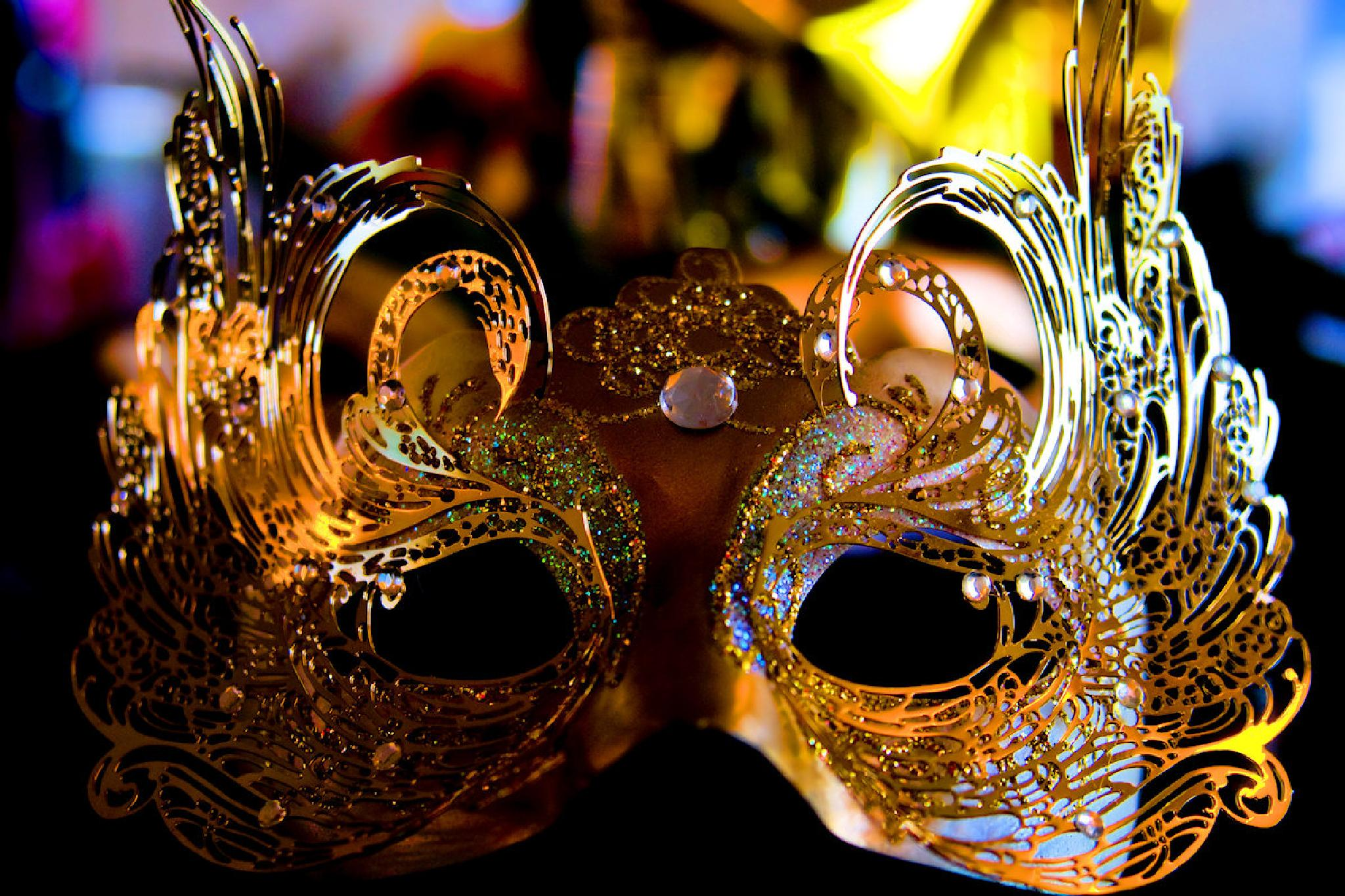 Masquerade Mask  by munacra