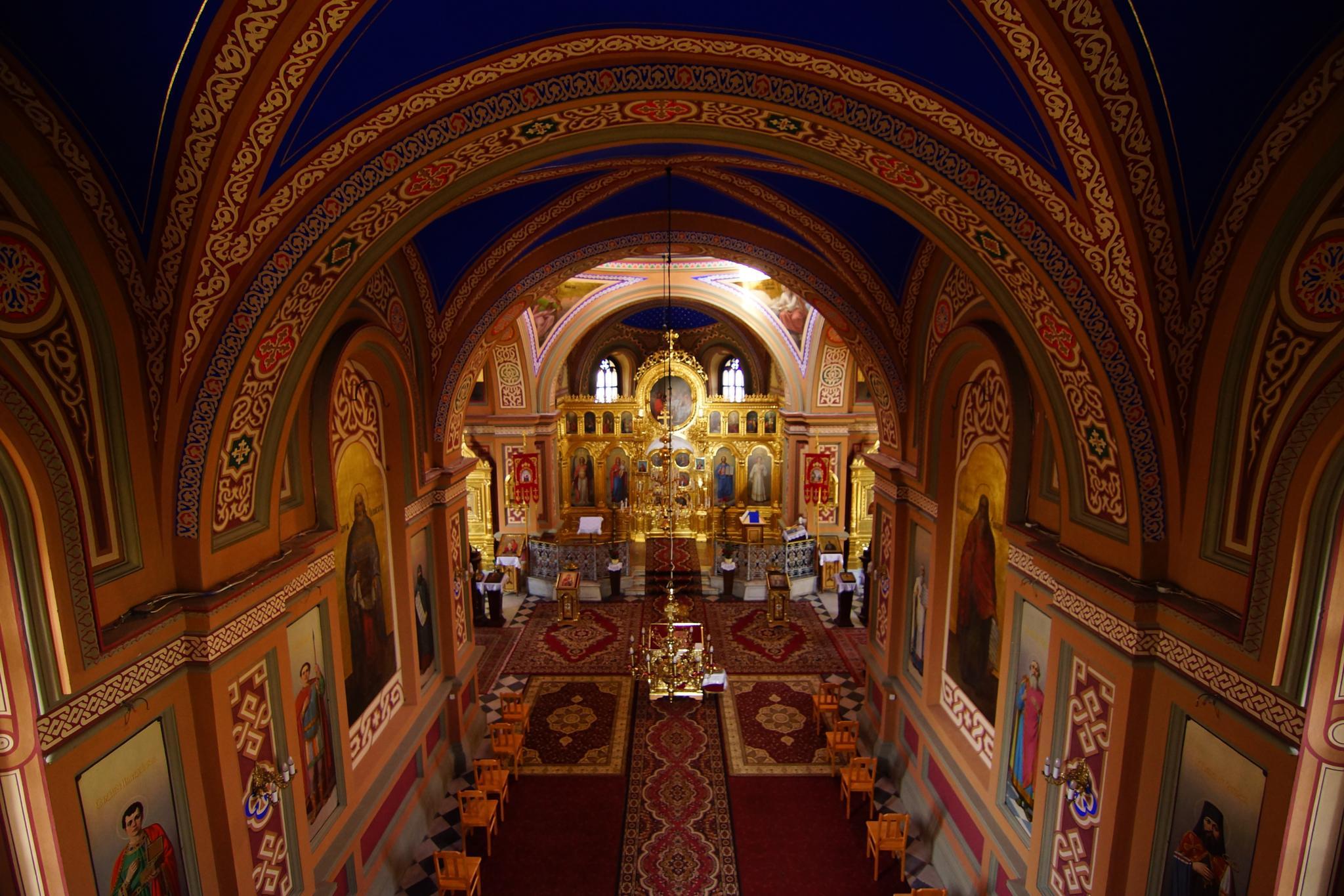 Indoor of orthodox church in Piotrków Trybunalski by skiboarts