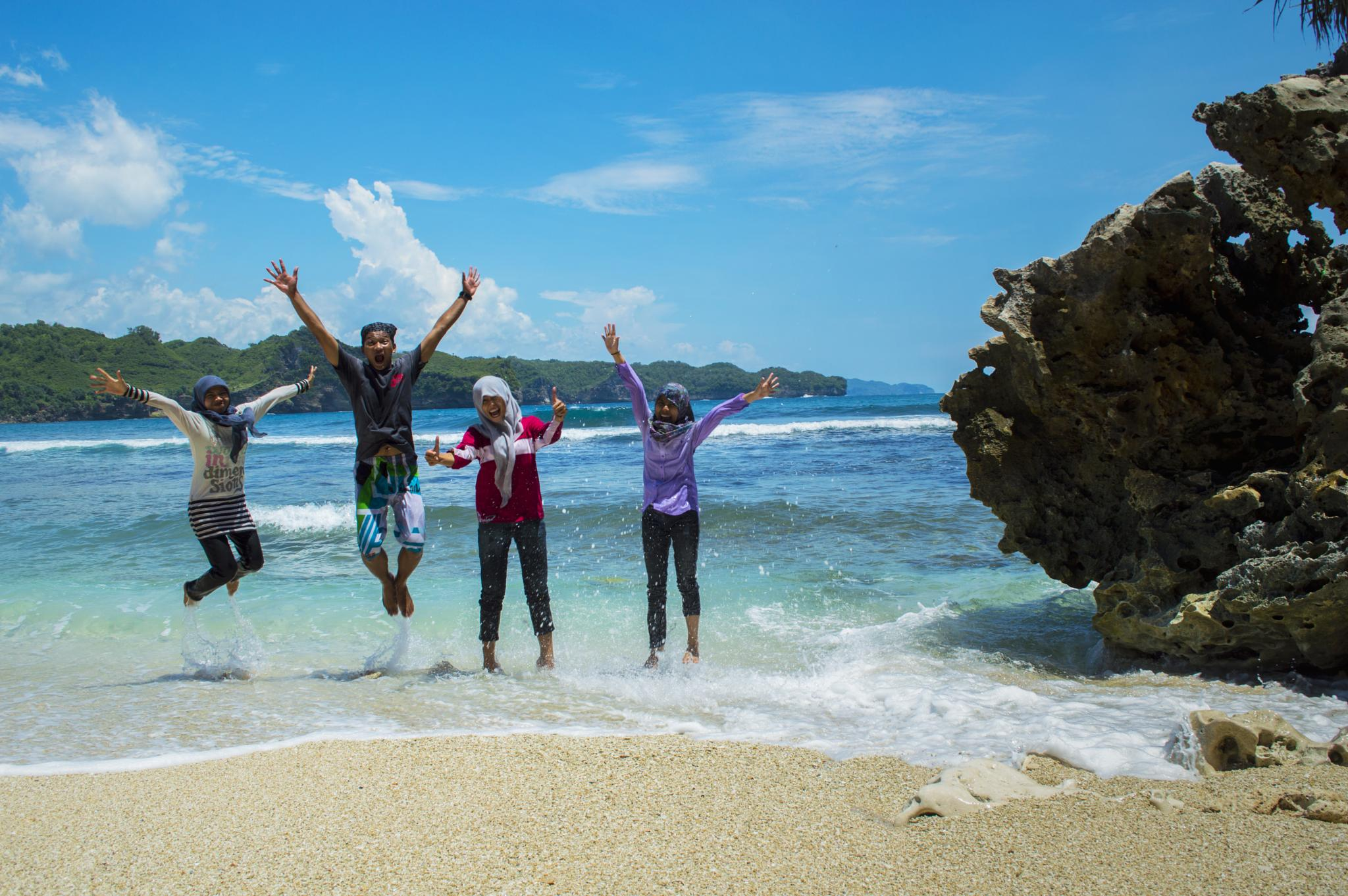 Indonesia Beaches , SERAU by NC3X Tirta