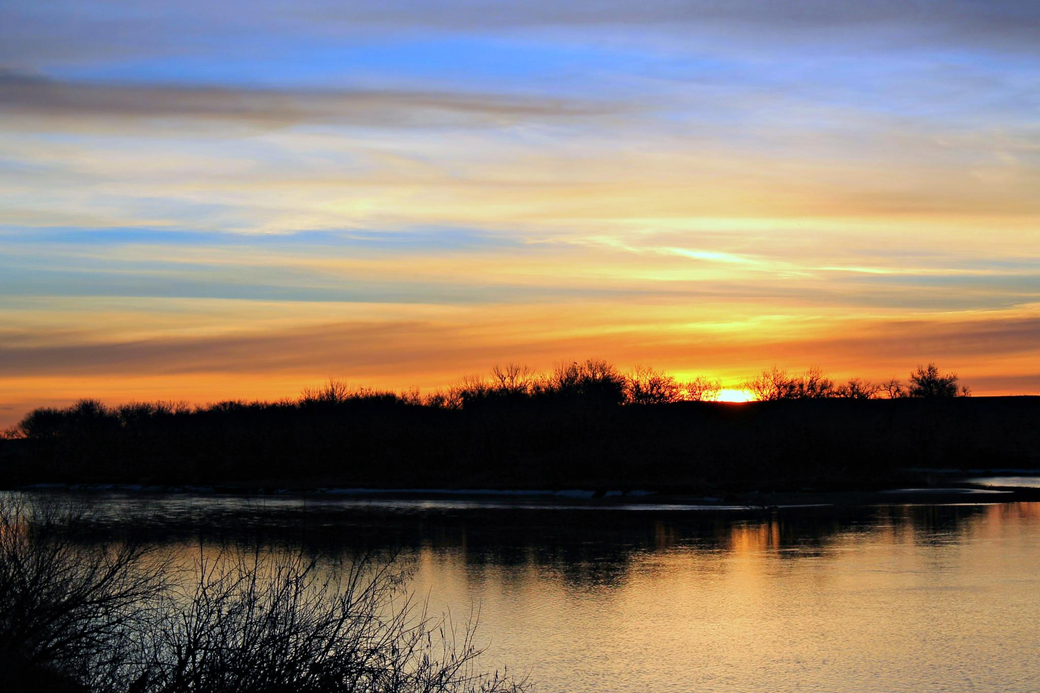 Sunrise on the Yellowstone River by Patti Holmes