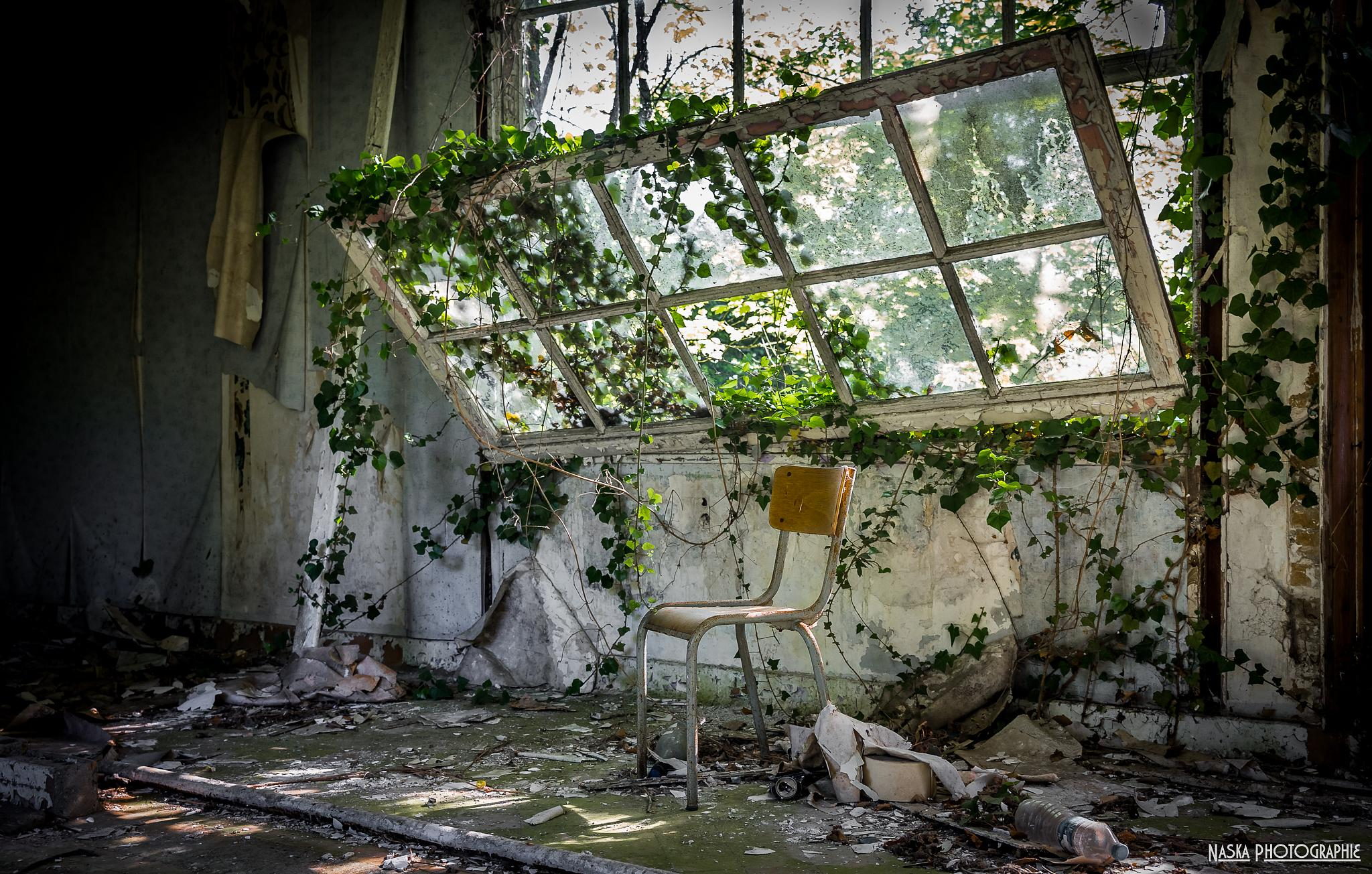 Sit down by Naska photographie