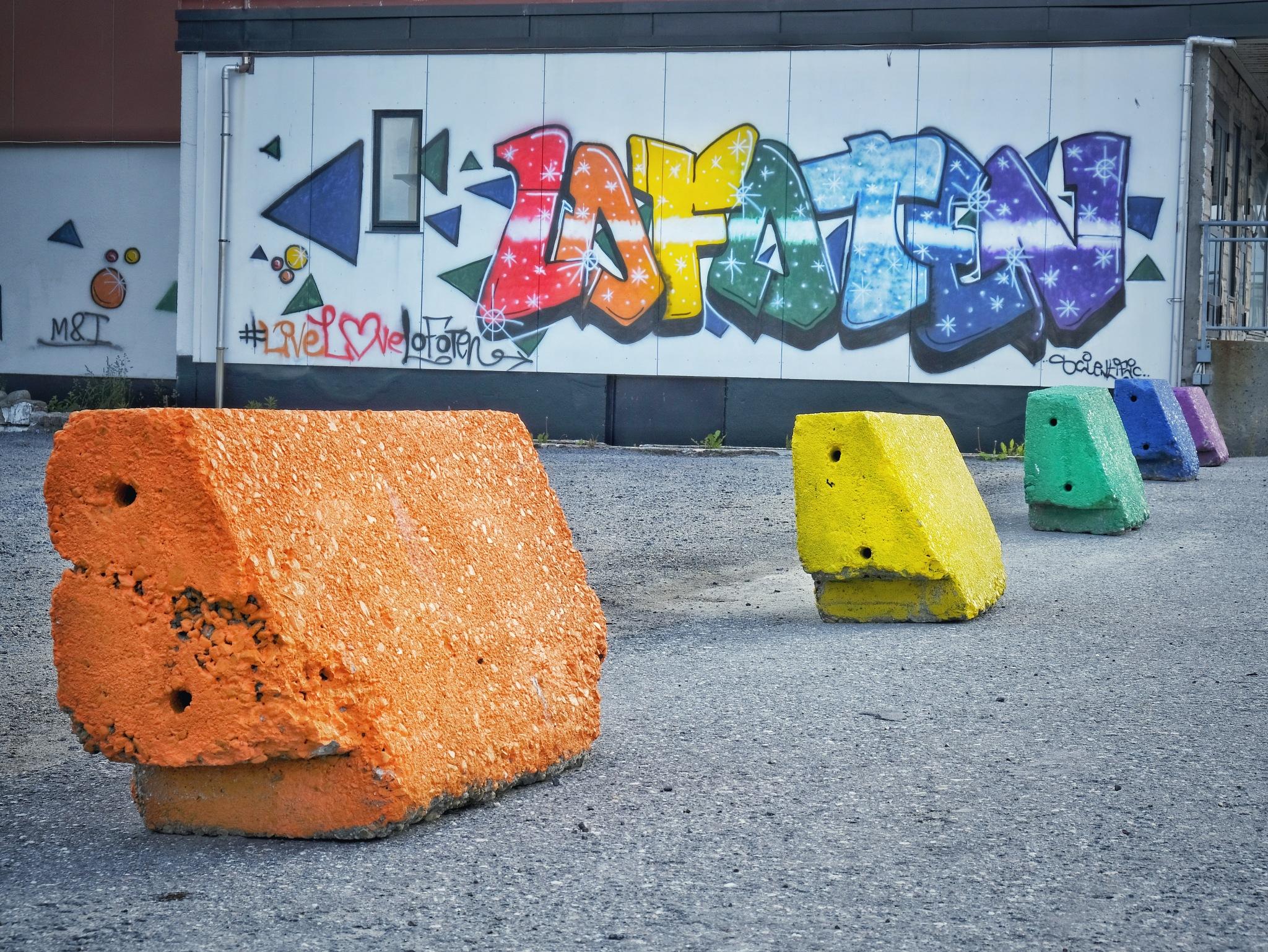 Graffiti, Lofoten by catoh2