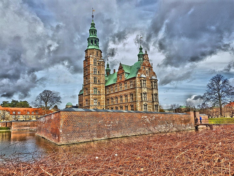 Rosenborg Castle in Copenhagen, Denmark by Per Kristensen