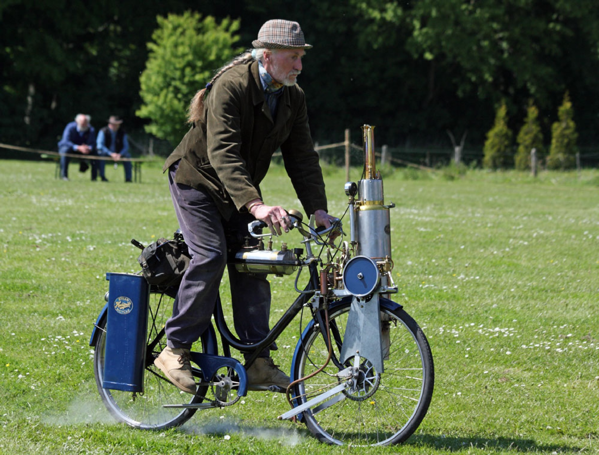 Homebuilt steampowered bicycle by vedvejen