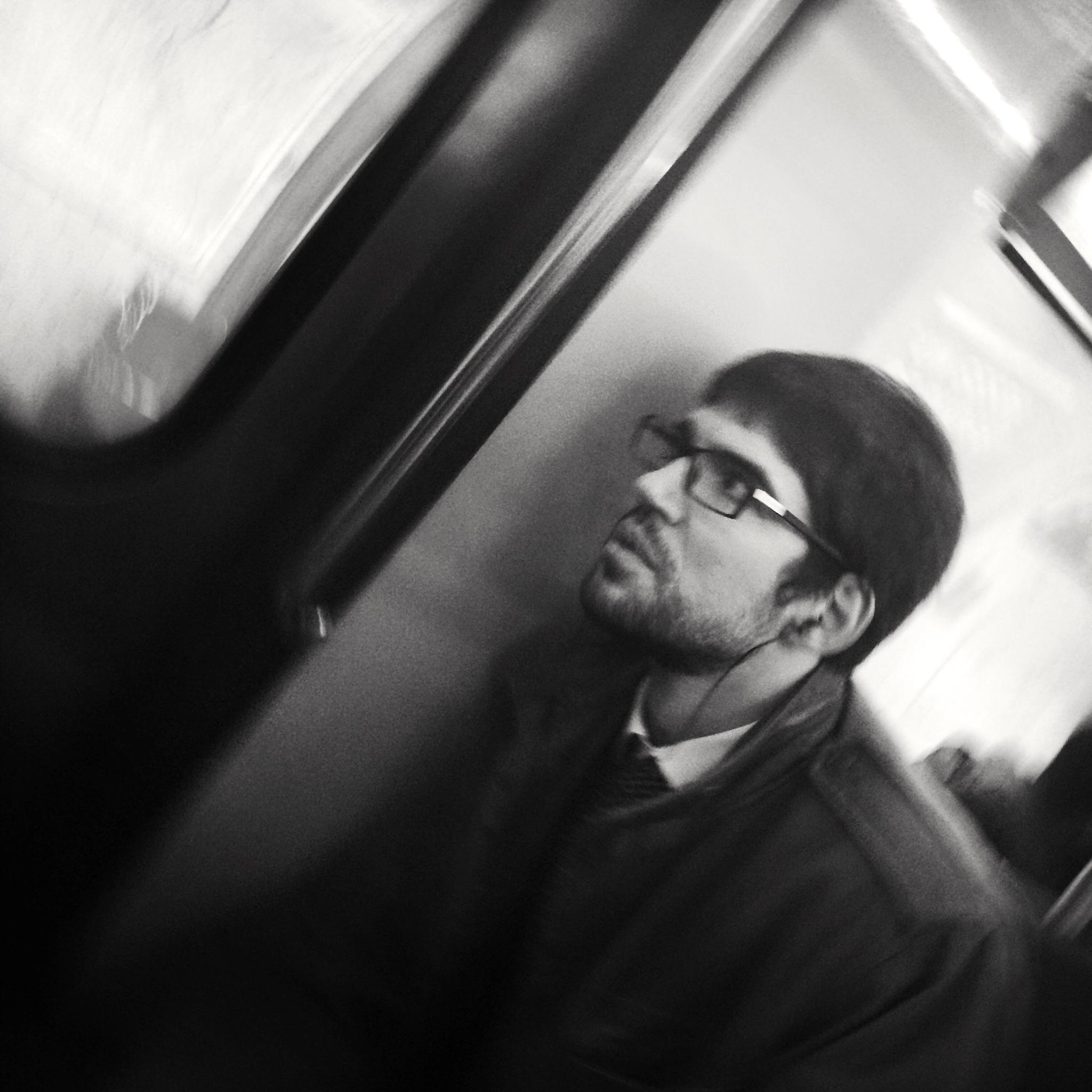 Metro portrait by parisfind