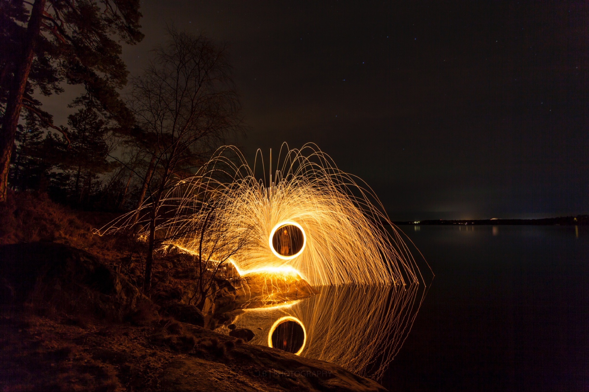 Lightshow in the woods by Jens Bäfver