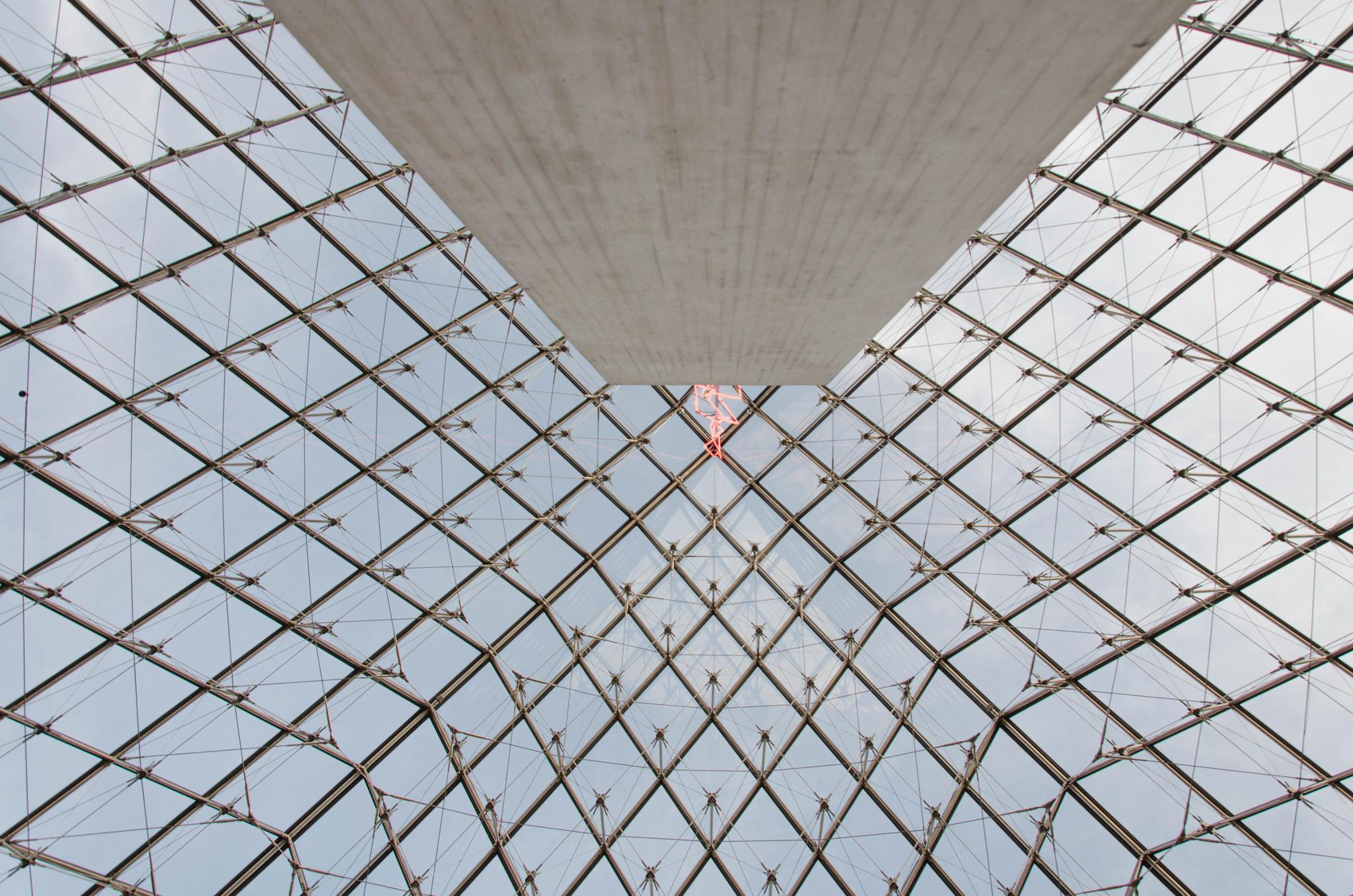 Louvre, the Monolith, the lightning and the grid by Manuel Atréide