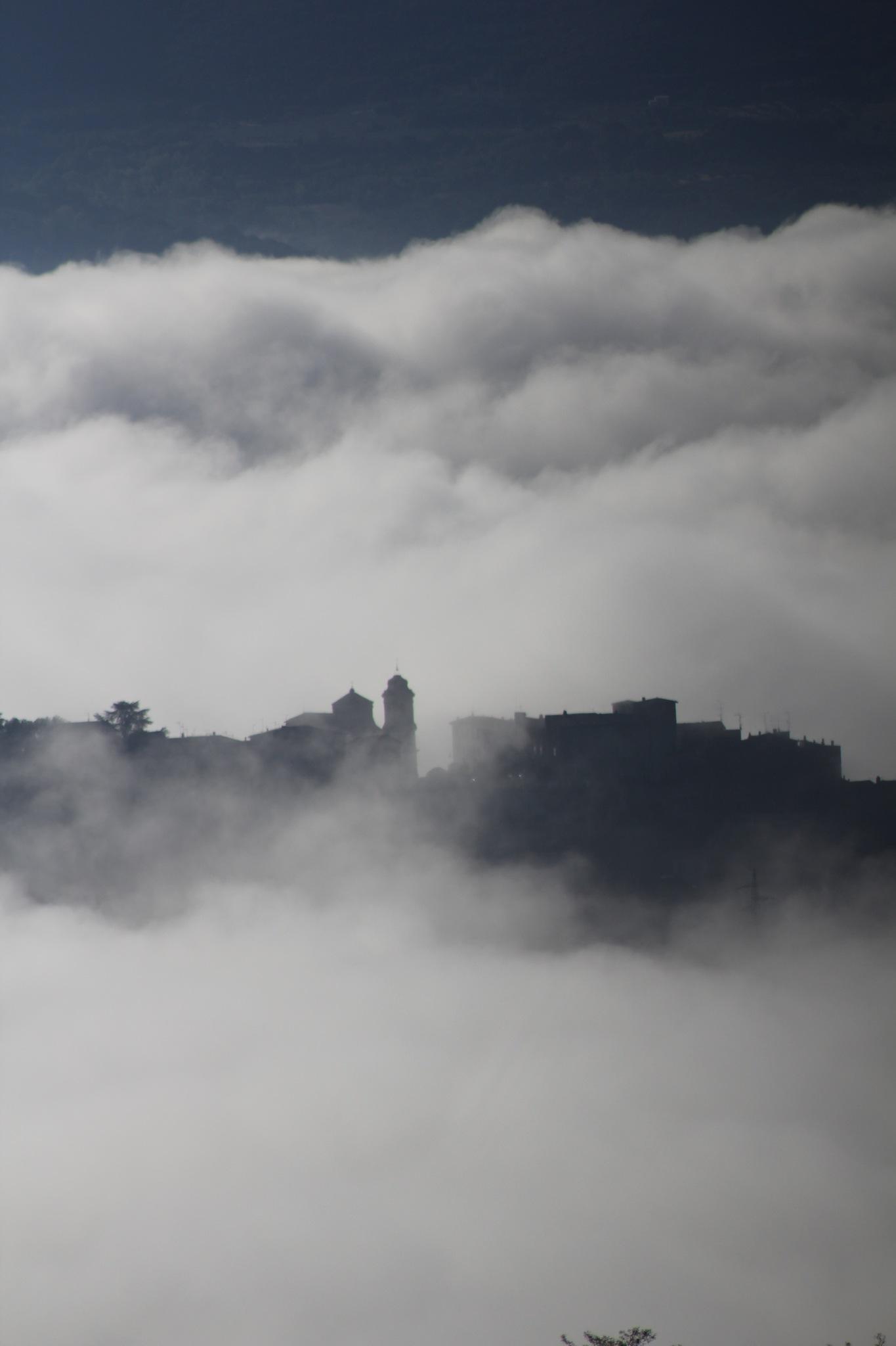 Ma ville dans les nuages by zaza54