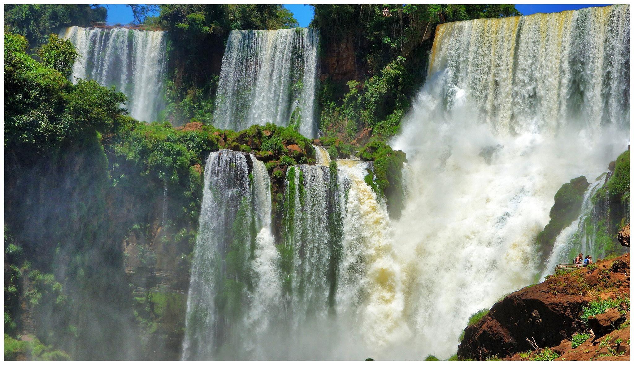 Iguazú en proximitat. Misiones. Argentina by bescosx