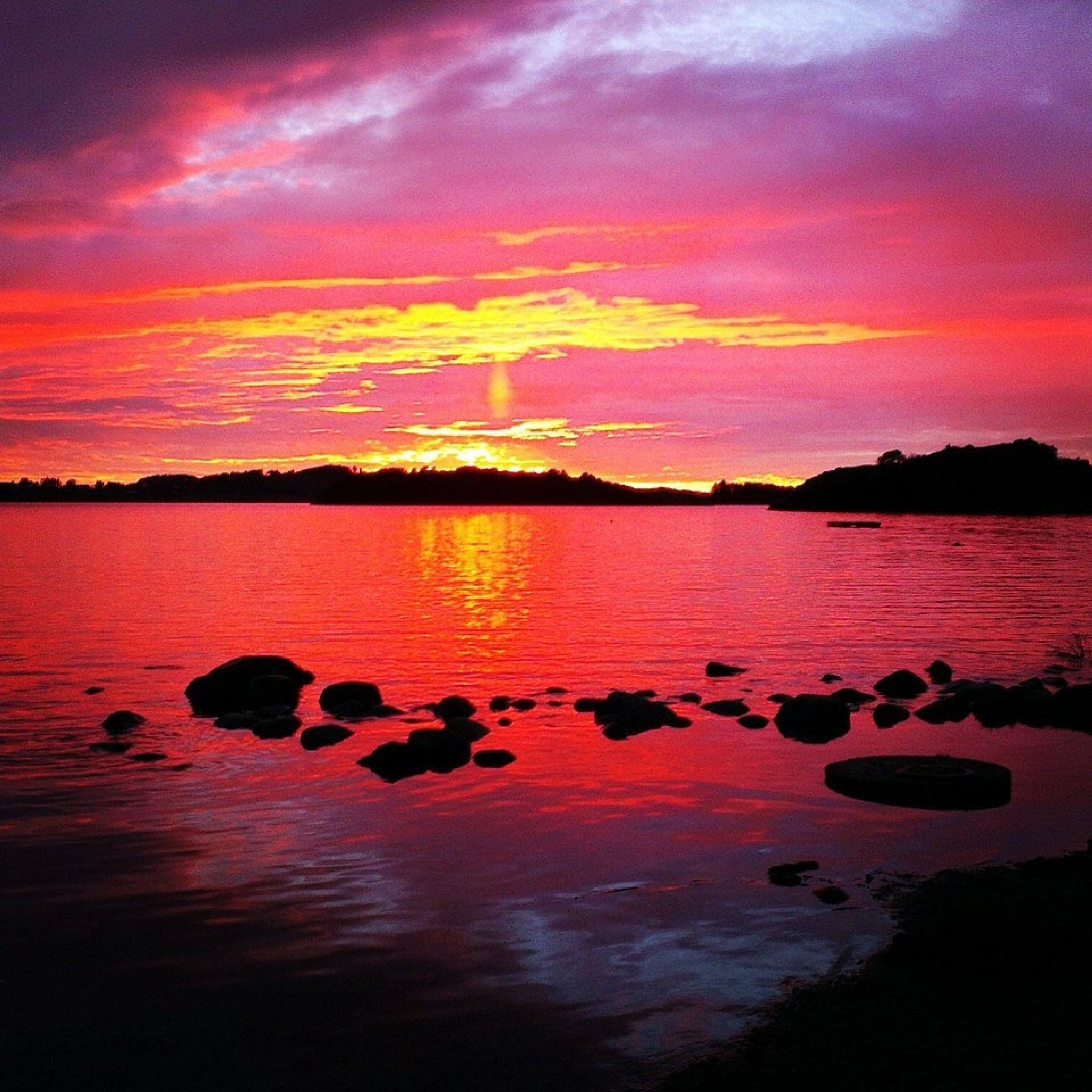 Pink sunset by kfolst