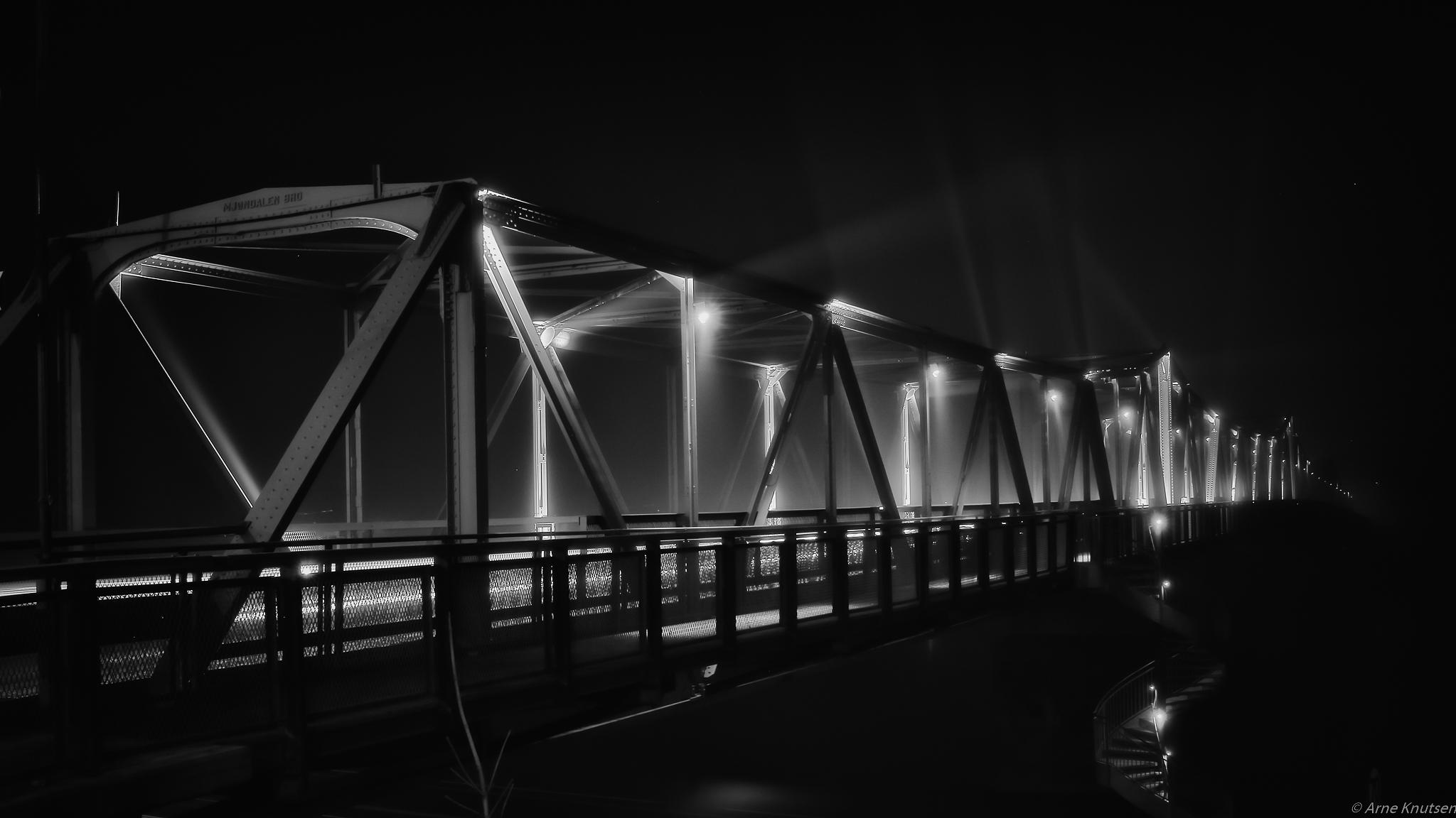Mjøndalsbroa by Arne Knutsen