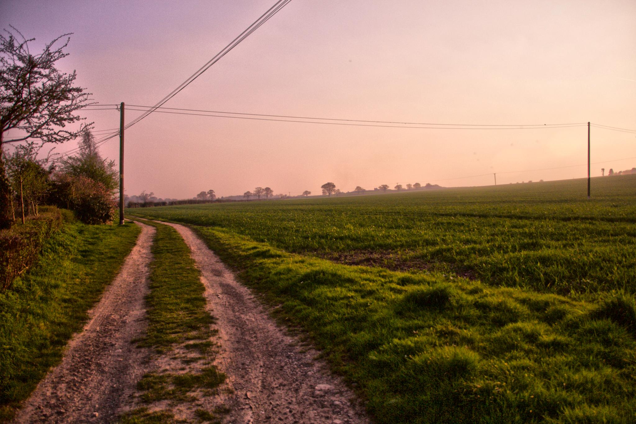 Worcestershire Countryside - Kinnersley Landscape by Pick3rs