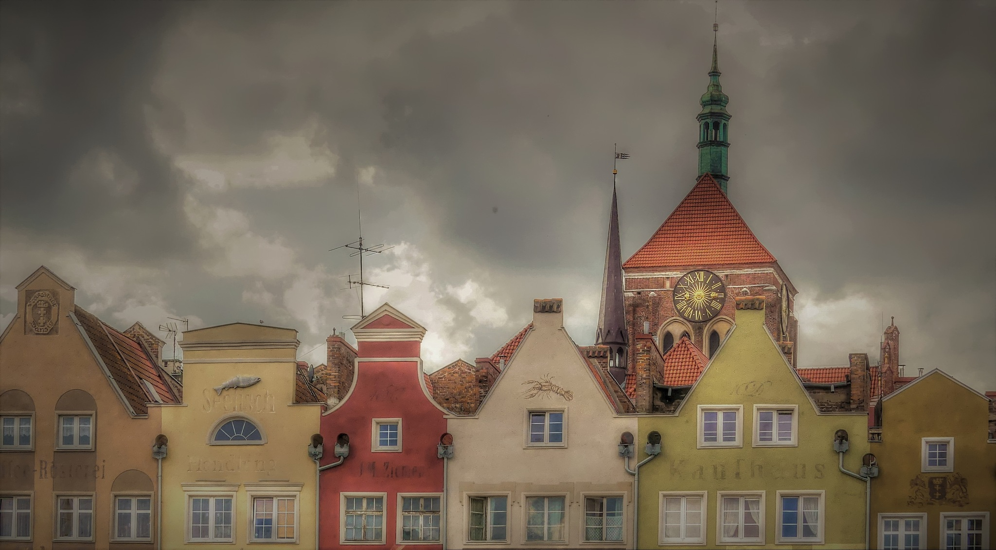 Heavy Clouds... by rockorbach