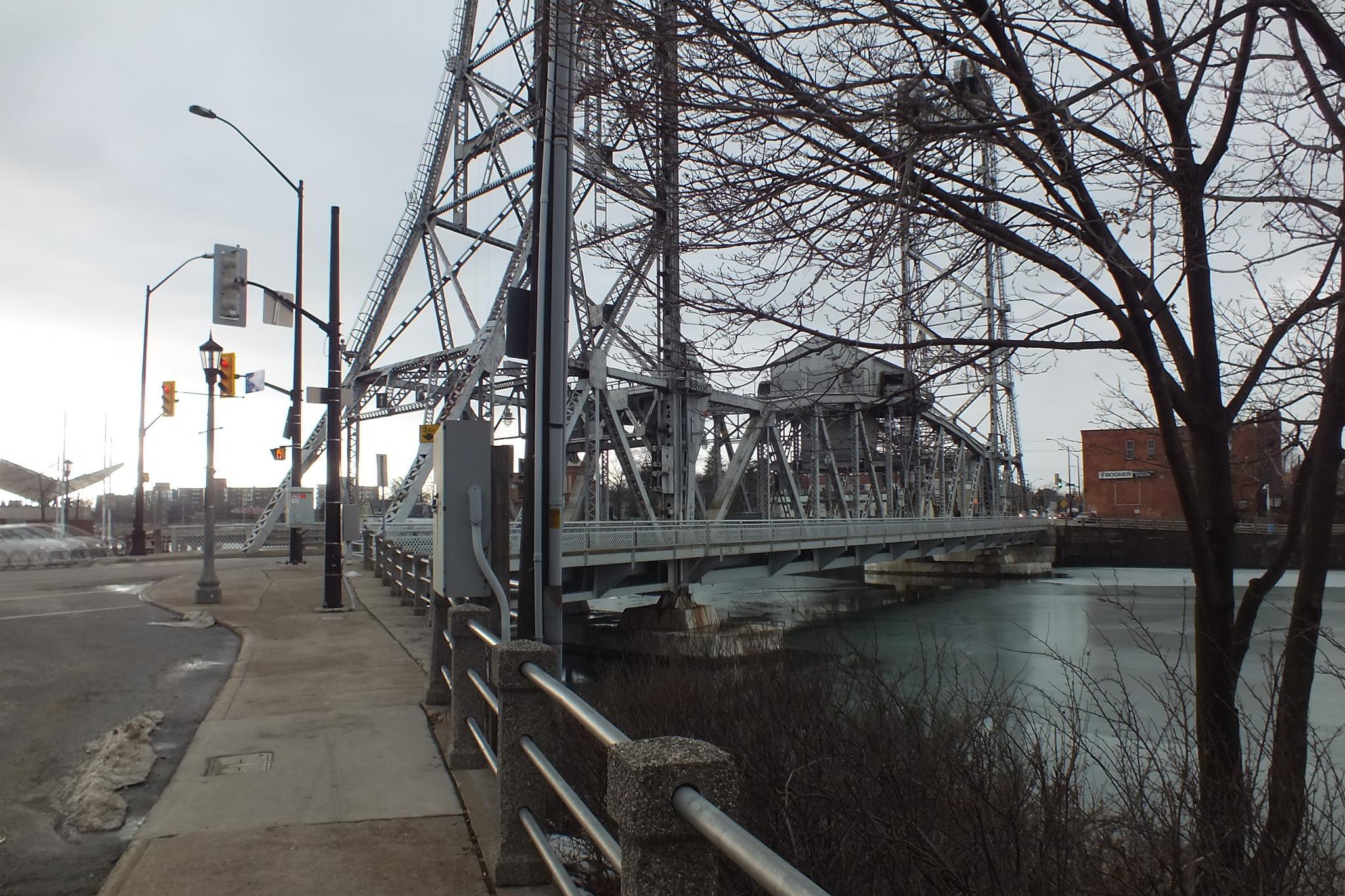 The Welland Bridge by RegSoper