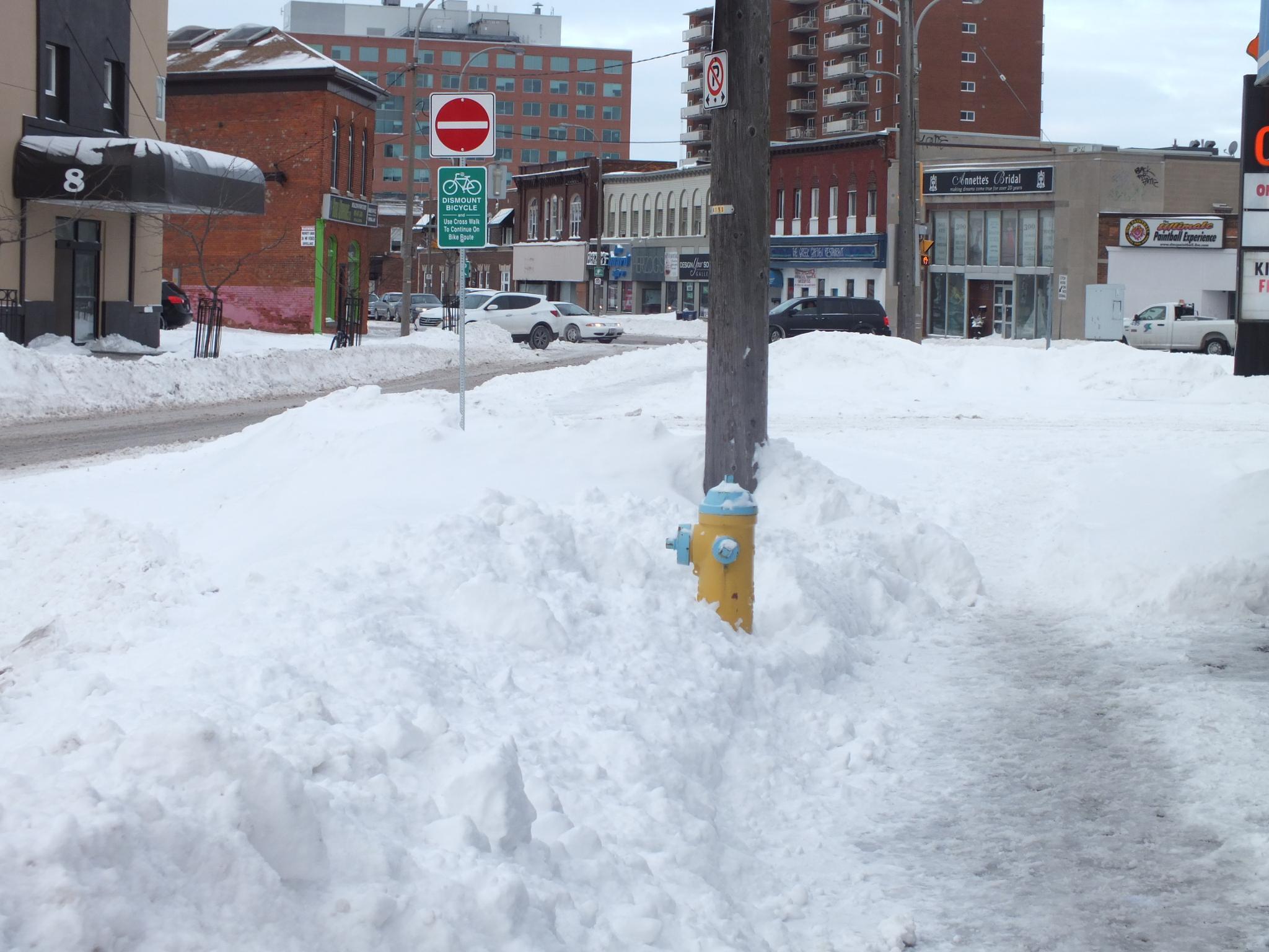Heading downtown by RegSoper