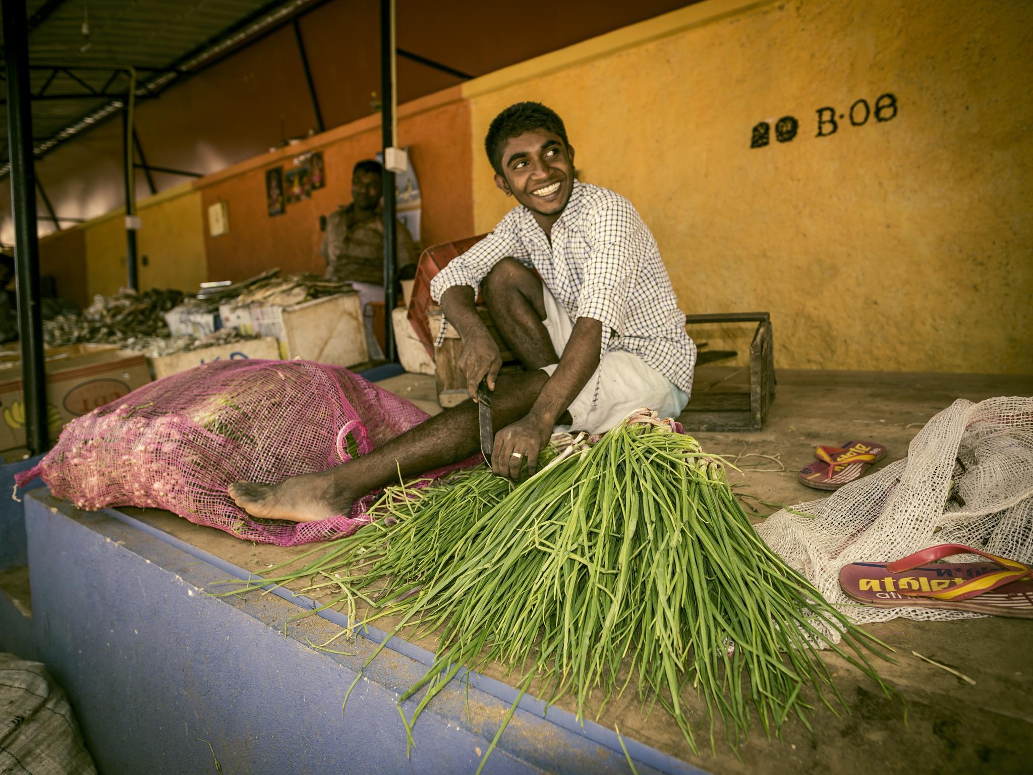 Anuradhapura market, Sri Lanka by Rafal Krzysiak