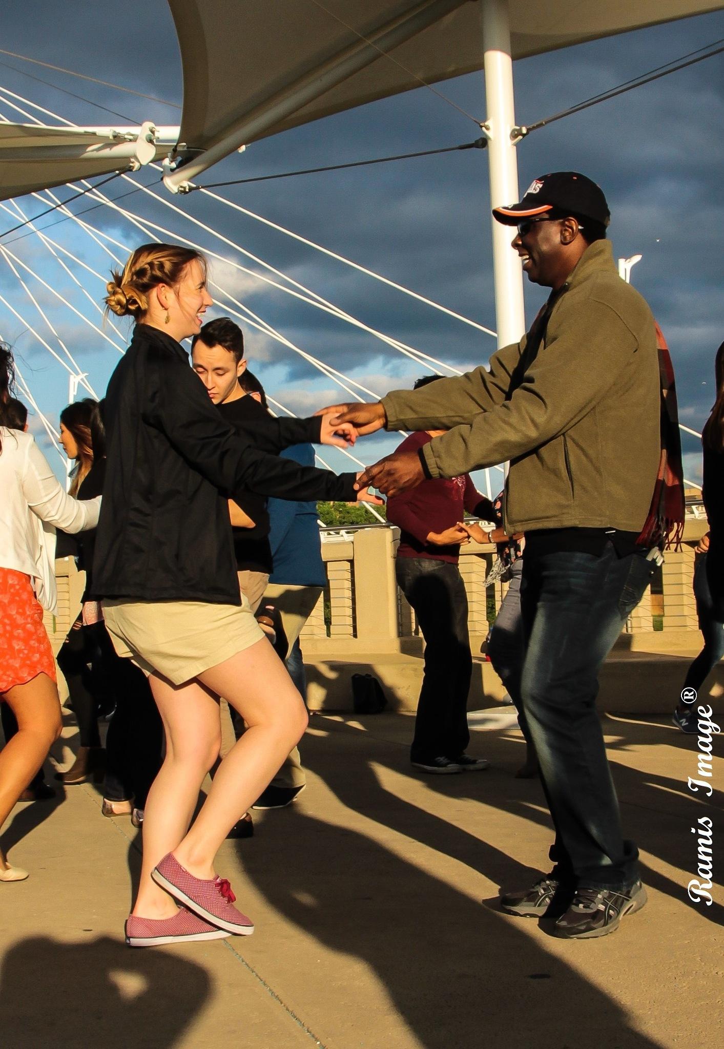 dancing at the bridge by yombino_Image