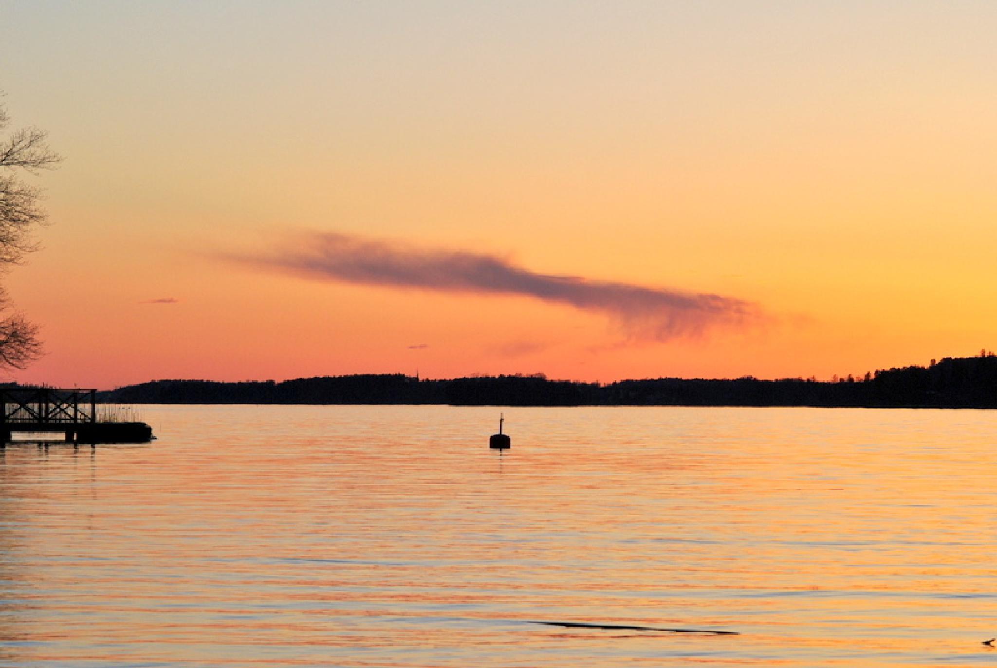 Mälaren lake, Stockholm  by polys71