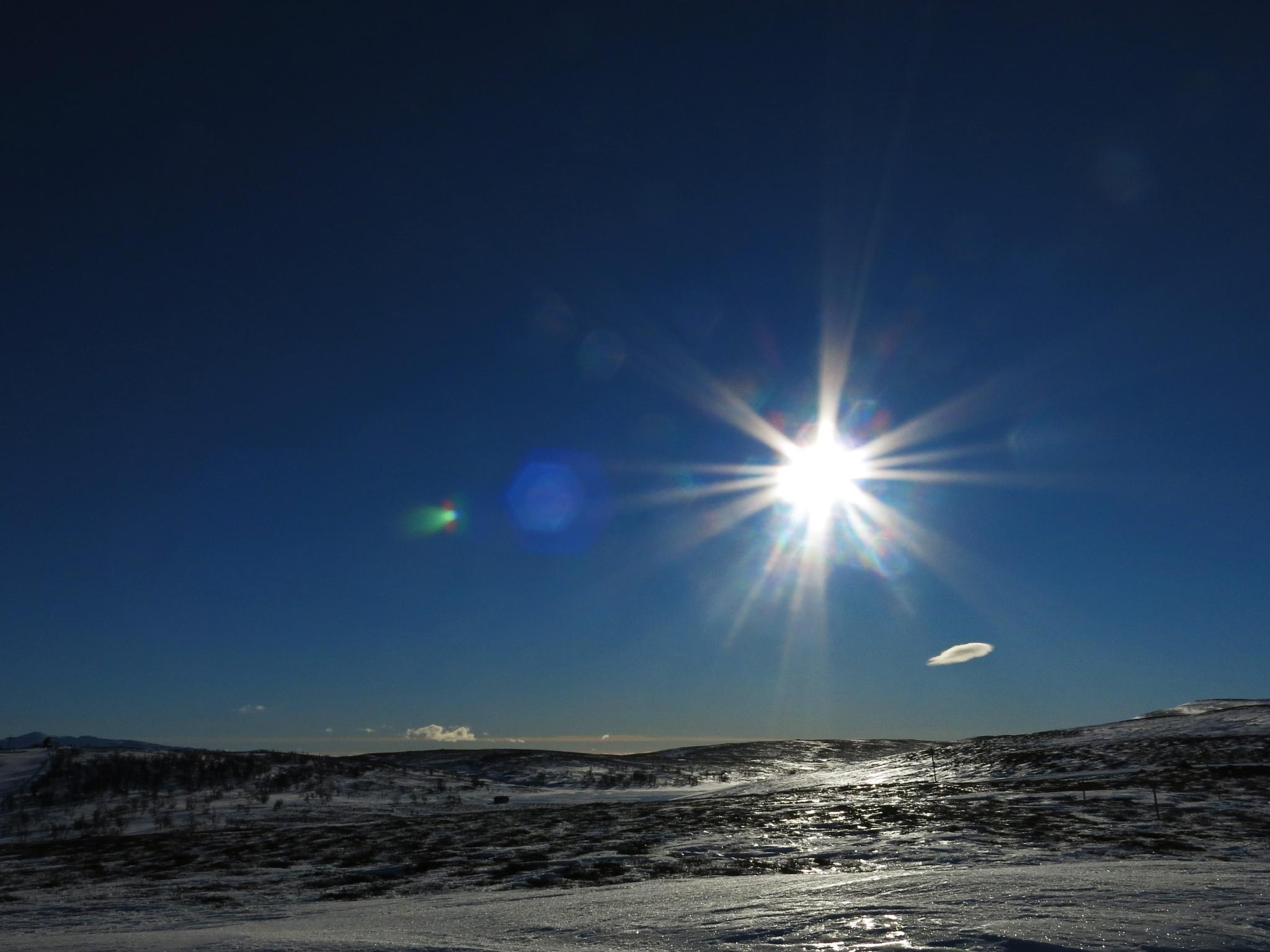 A sunny day at Ramundberget ski resort by lennor_65