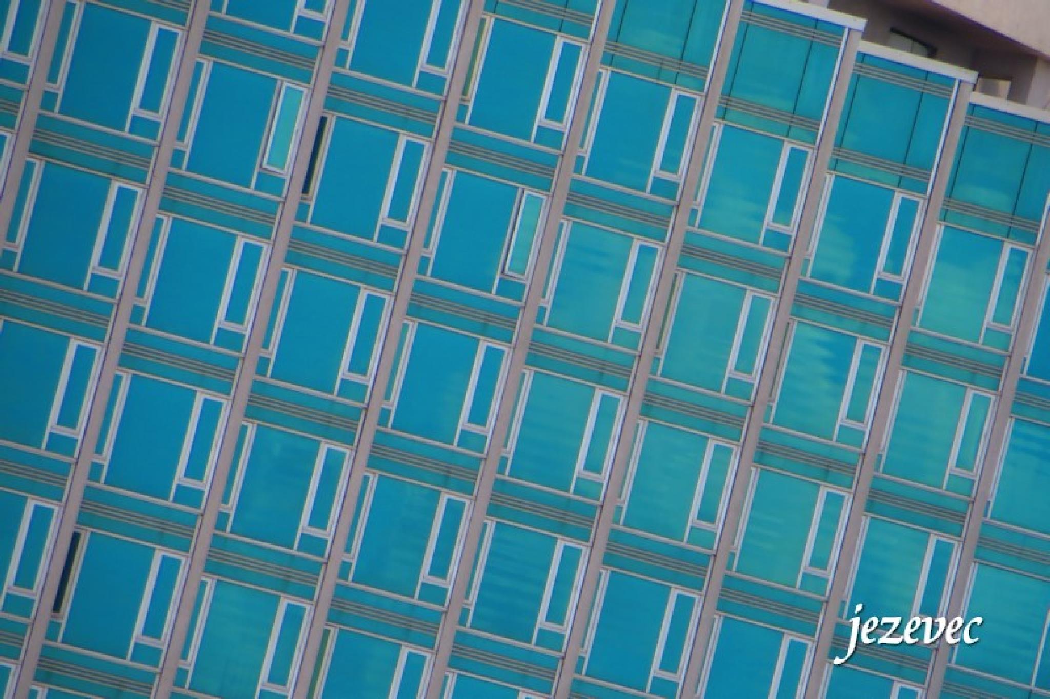 Panels Blue, New York City 2014-07-20 0285 by jezevec40