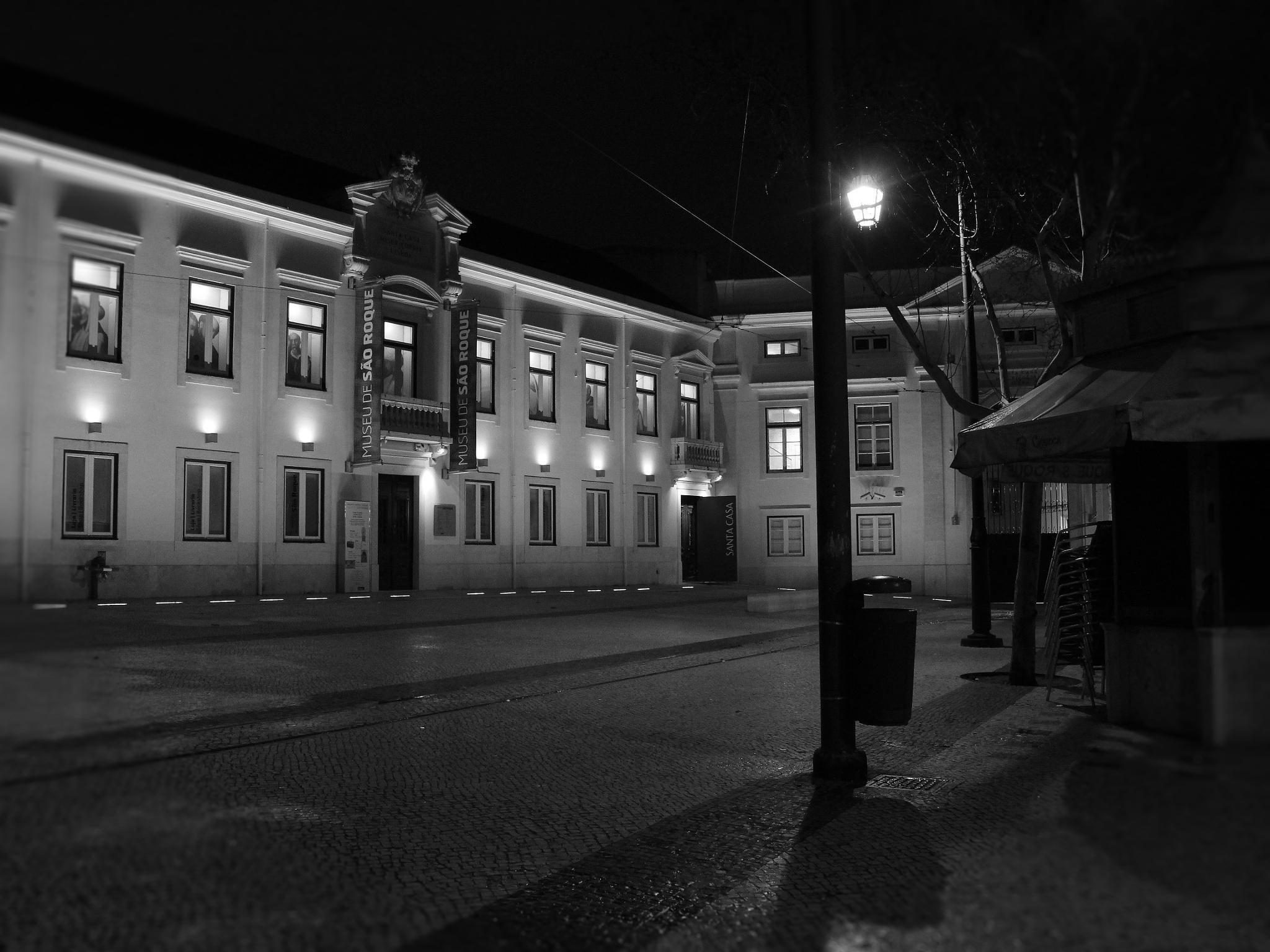 Largo da Misericórdia, Chiado, Lisbon by carlosmsantos
