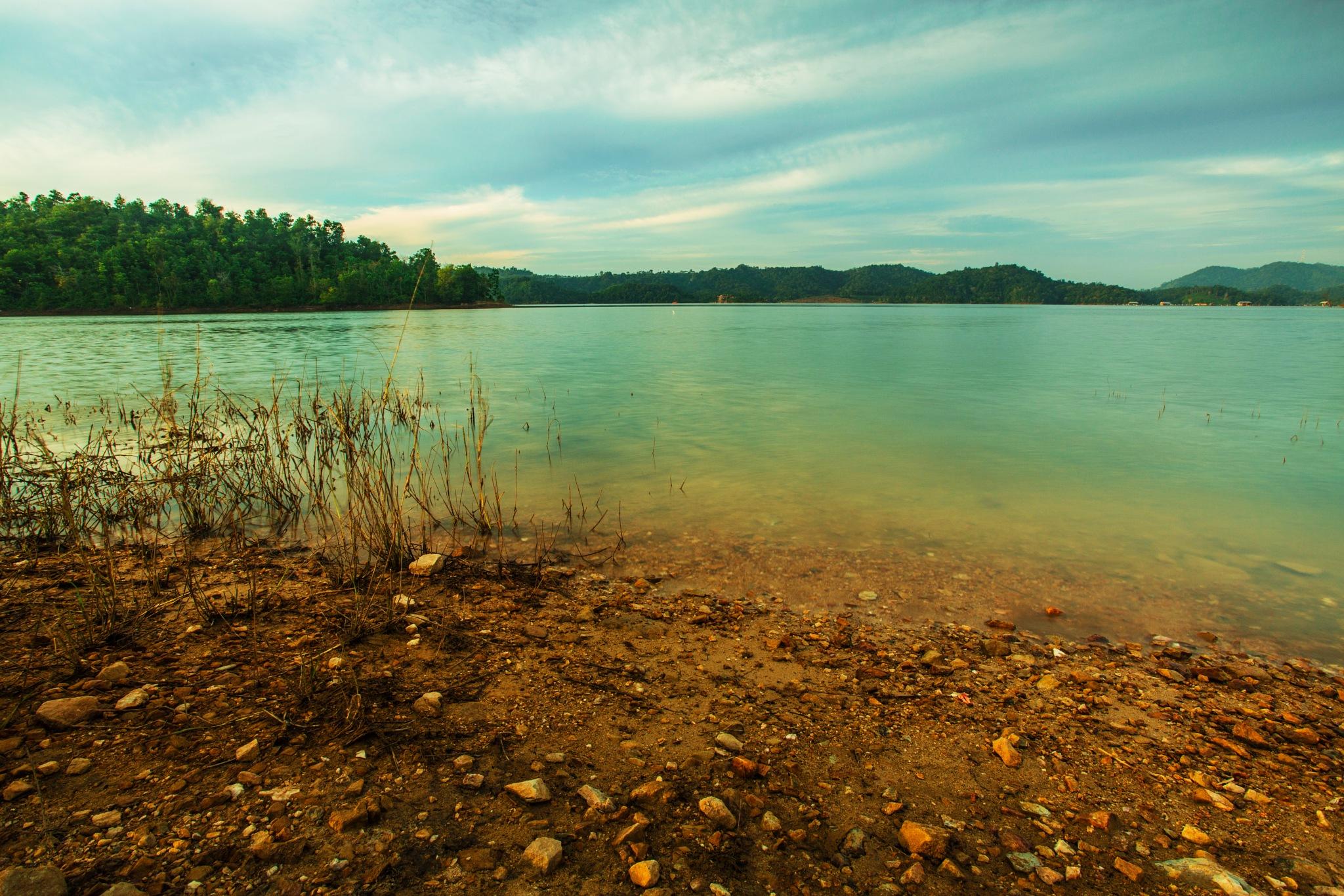 Koto Panjang lake 3 by Syafri Gamal