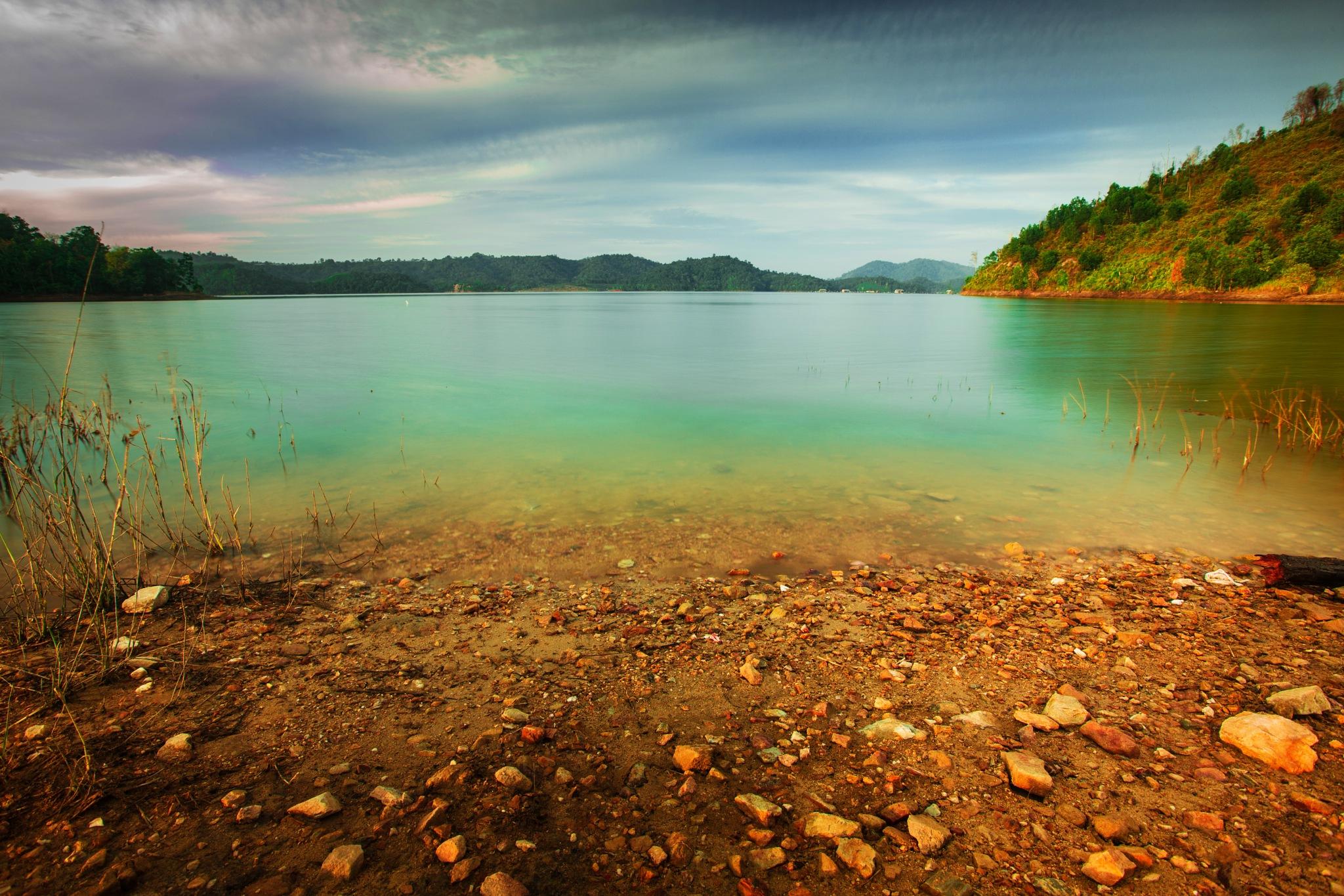 Koto Panjang Lake 1 by Syafri Gamal