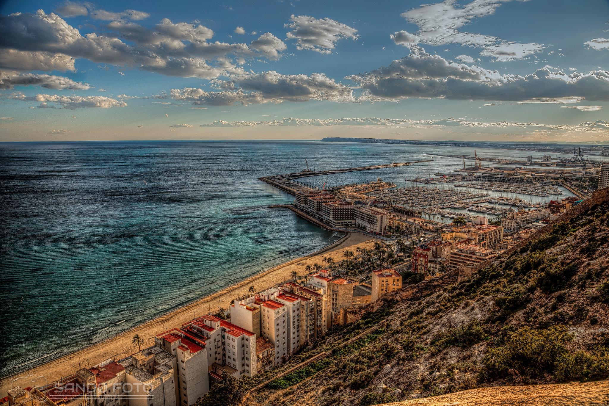 Alicante by tjsandofoto
