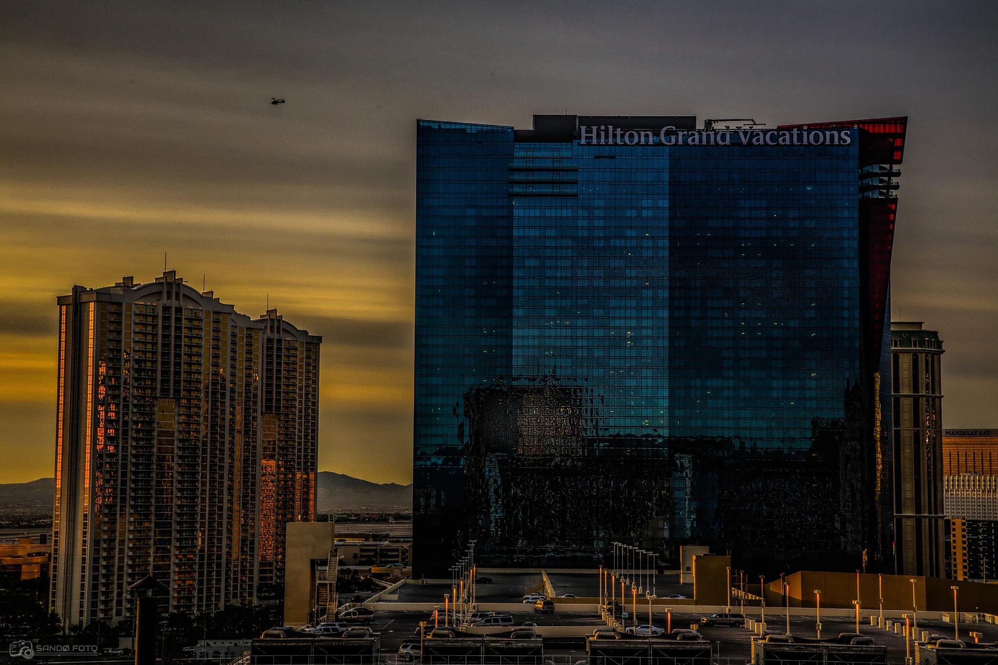 Las Vegas by tjsandofoto