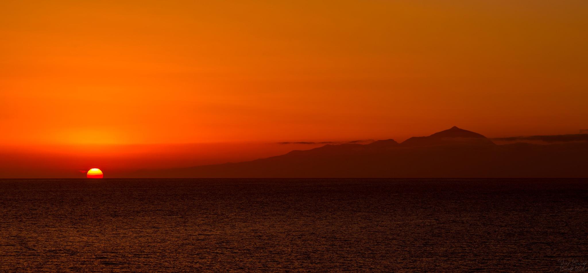 Canary Islands  by tjsandofoto