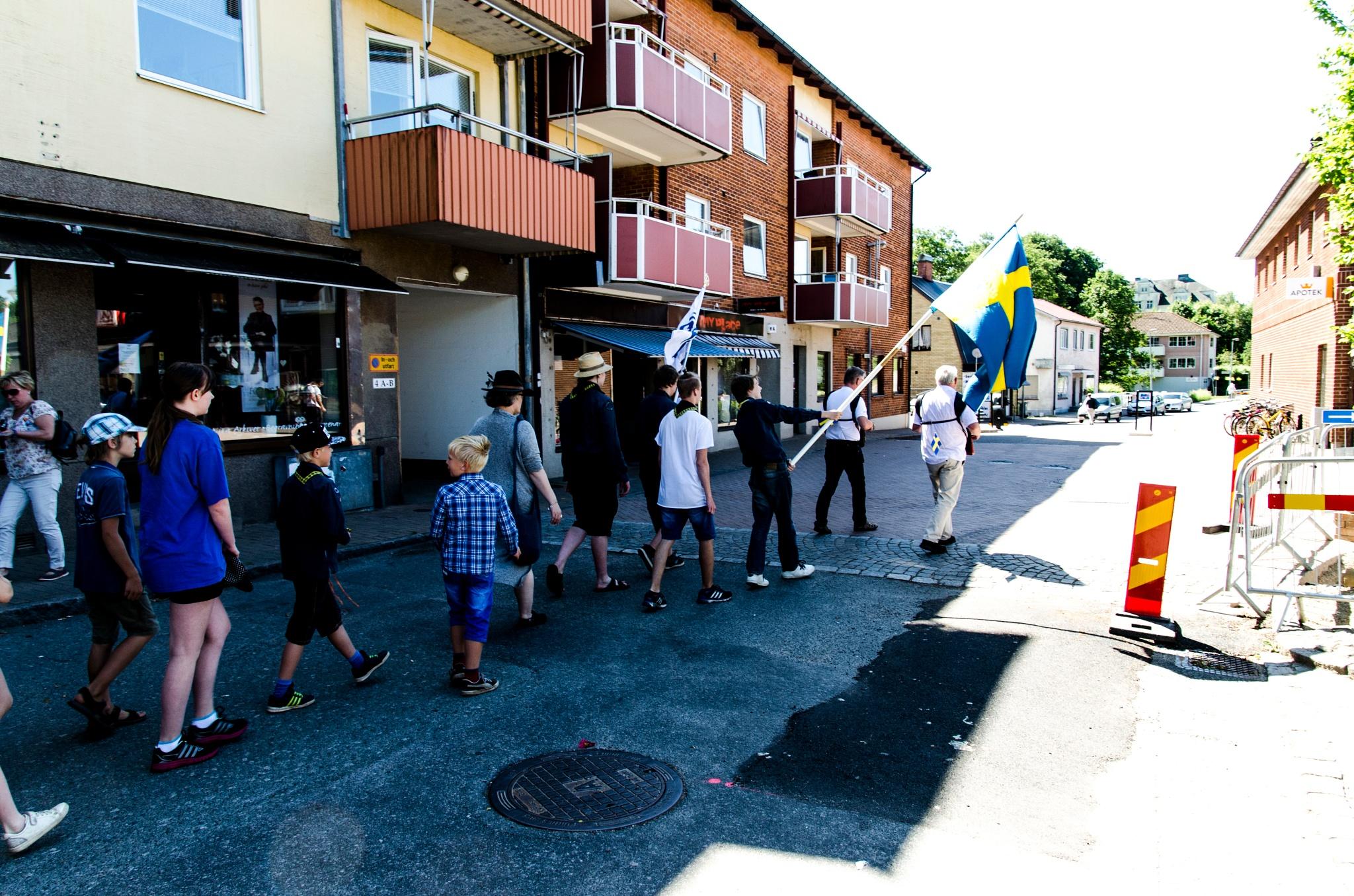 Photo in People #camera #walk #people #scouts #nikon #d5100
