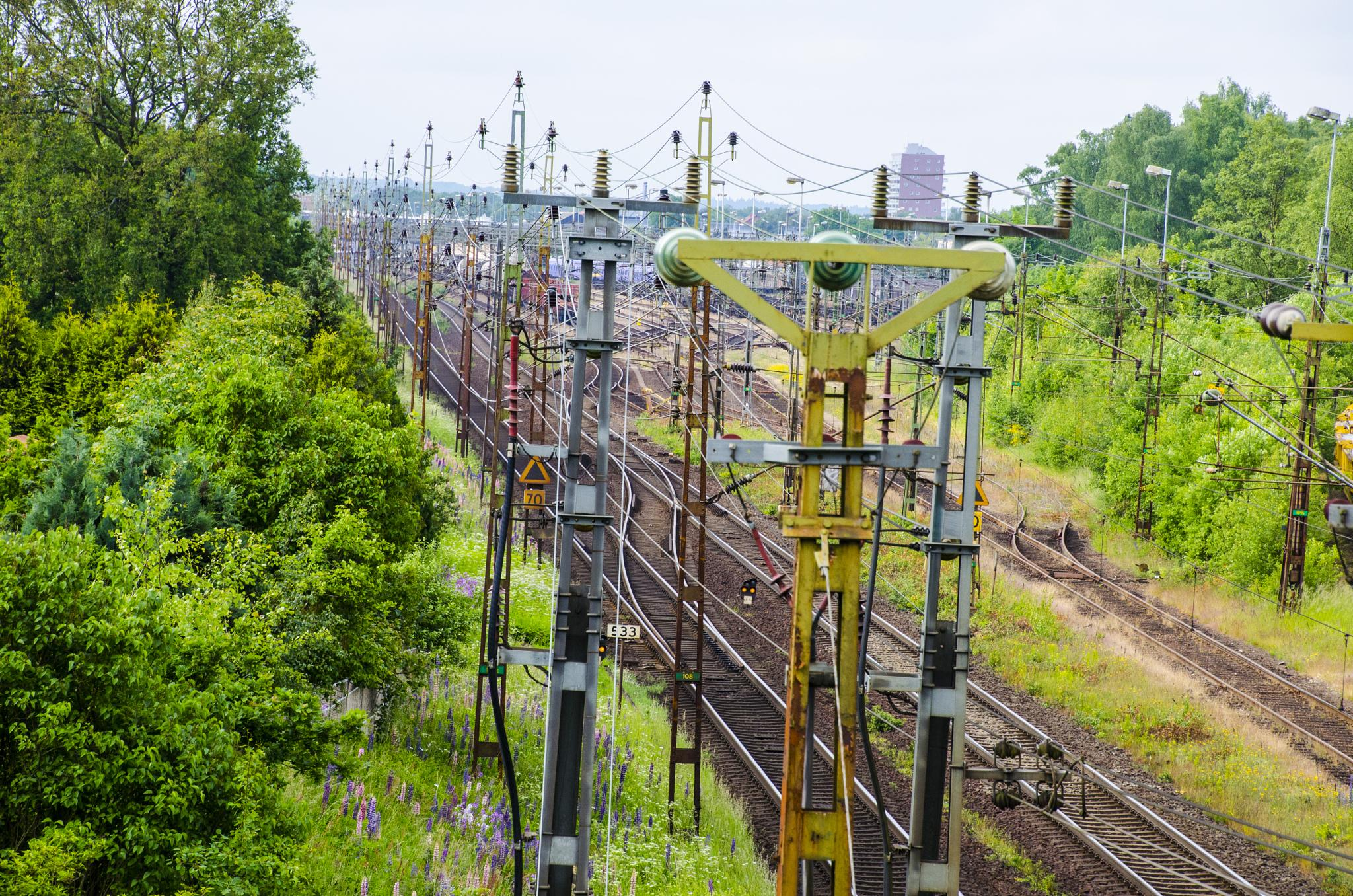 Railway tracks to and from Hässleholm by Johnny Lythell