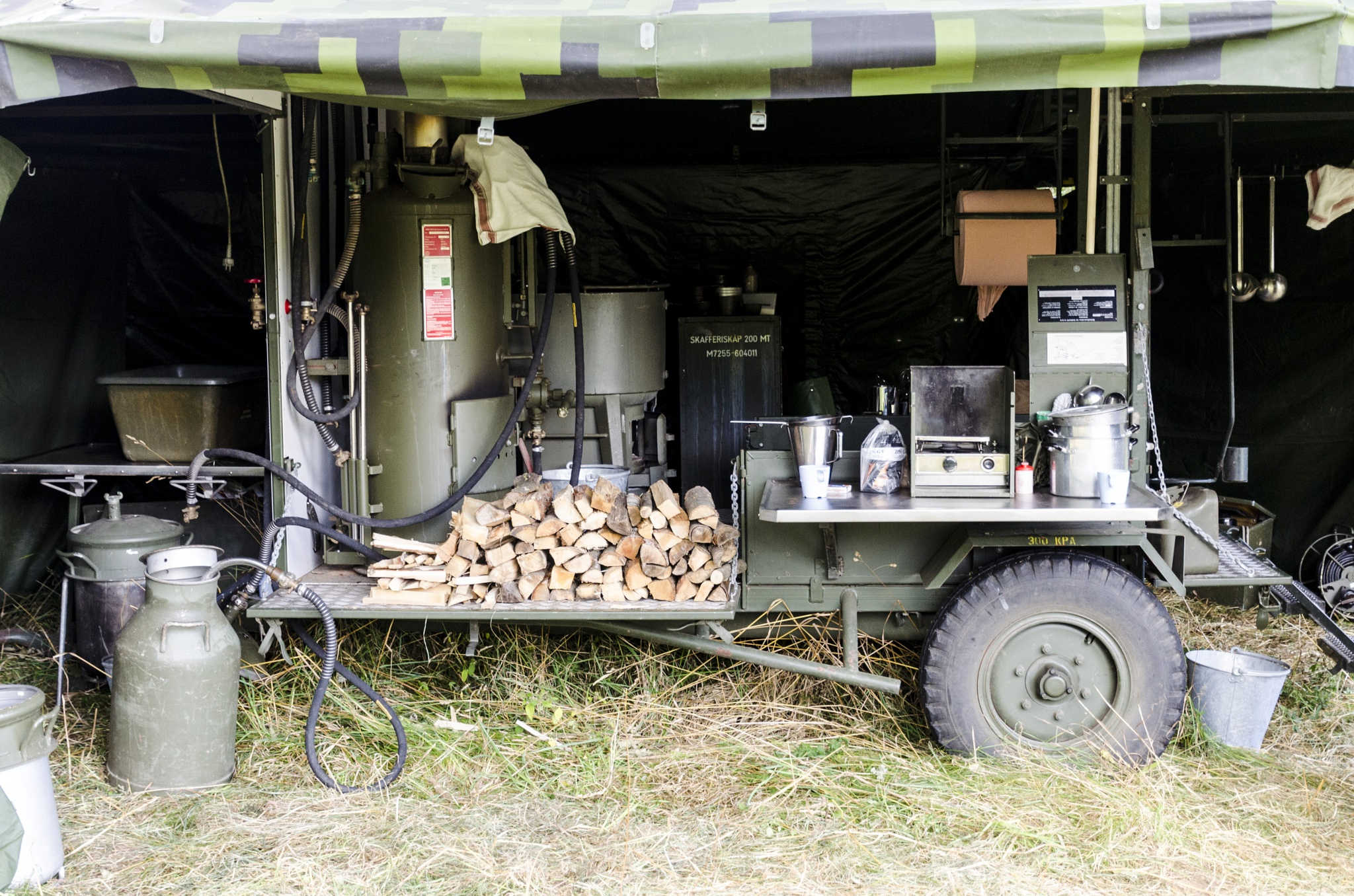 Field kitchen for the Swedish armed forces during the Cold War by Johnny Lythell