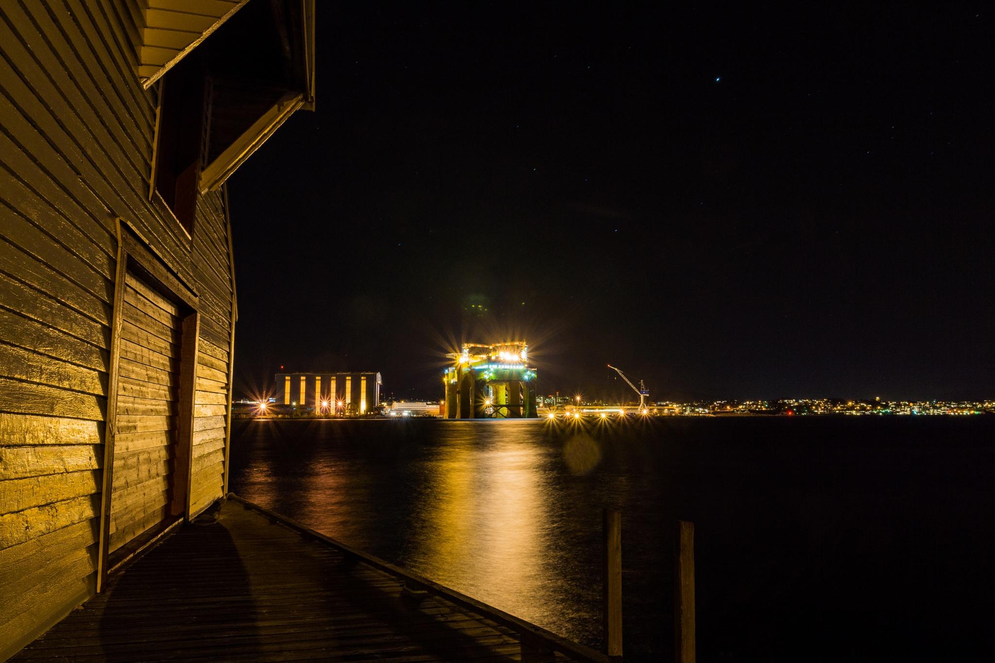 Shipyard by night by Mikal Lindøe