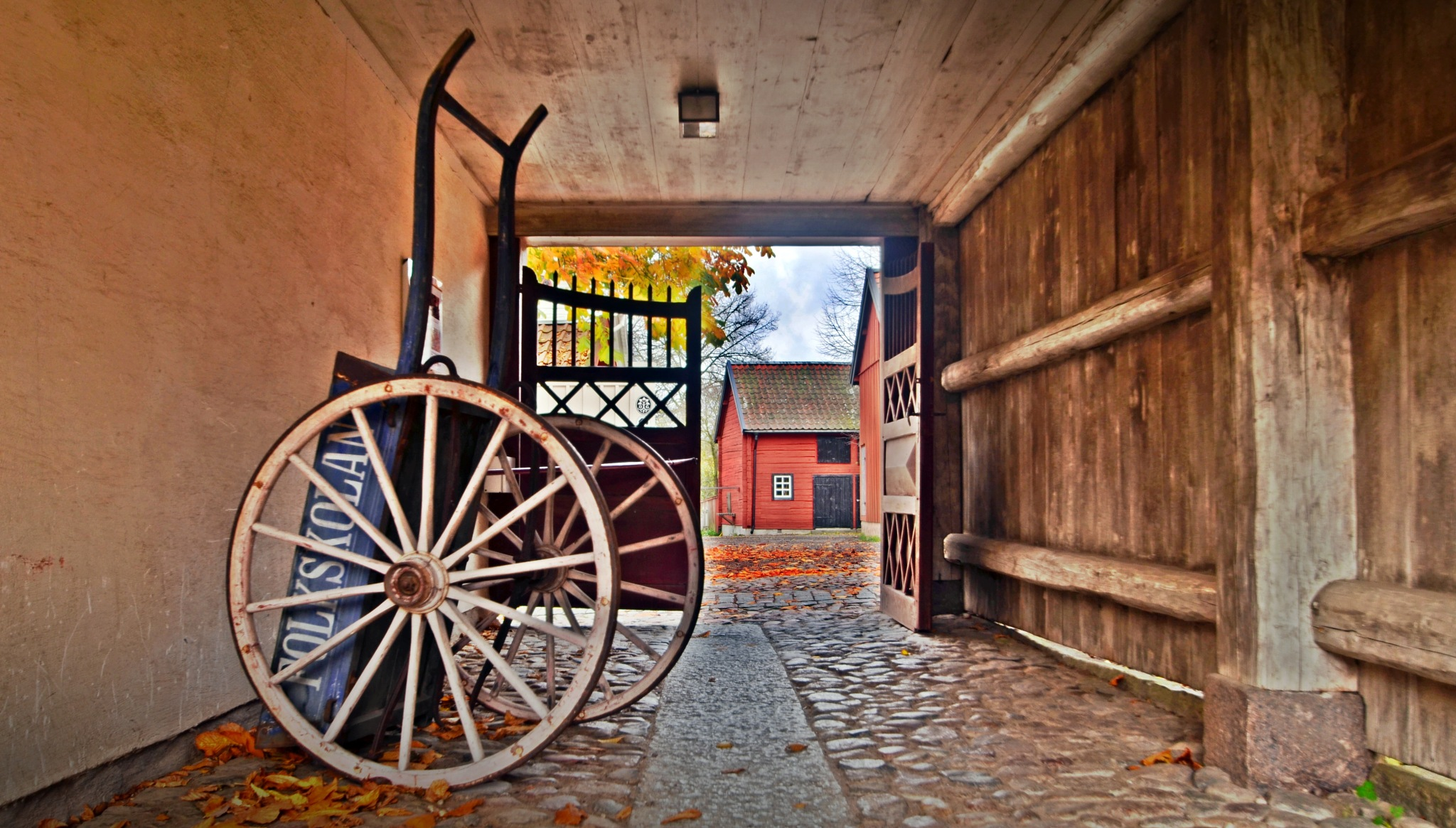 A carriage in a vault by rollepersson