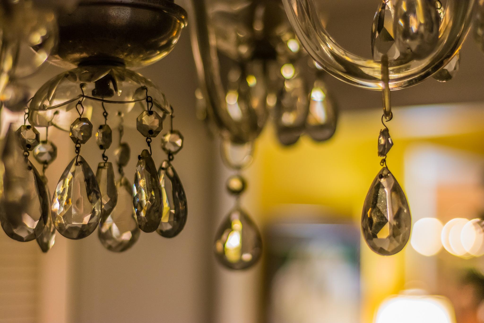 hanging glass by wacissa