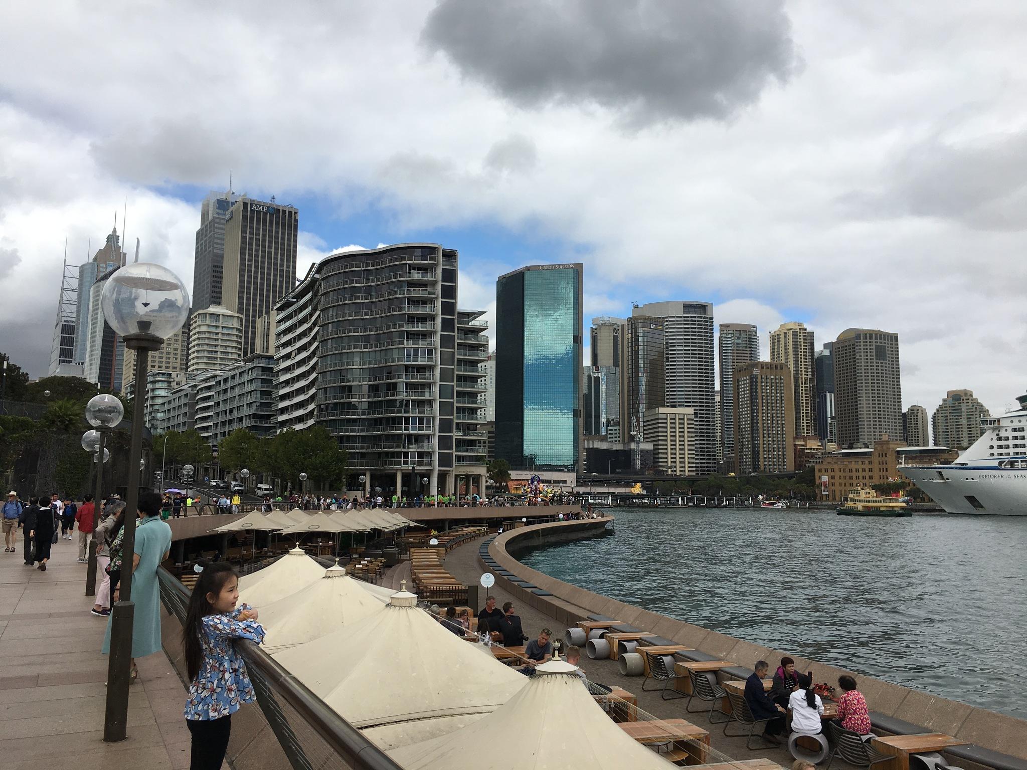 Sydney by ronmac777