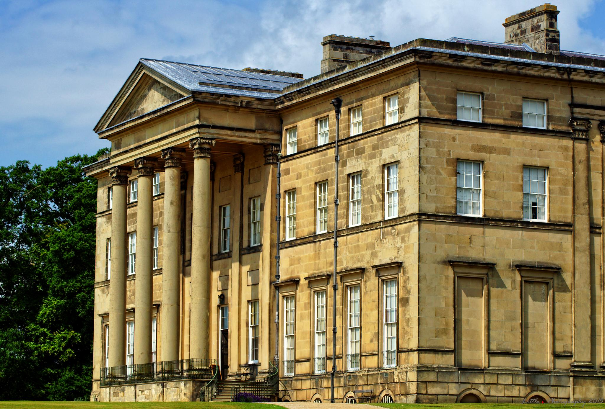 Attingham Hall by davecarter754