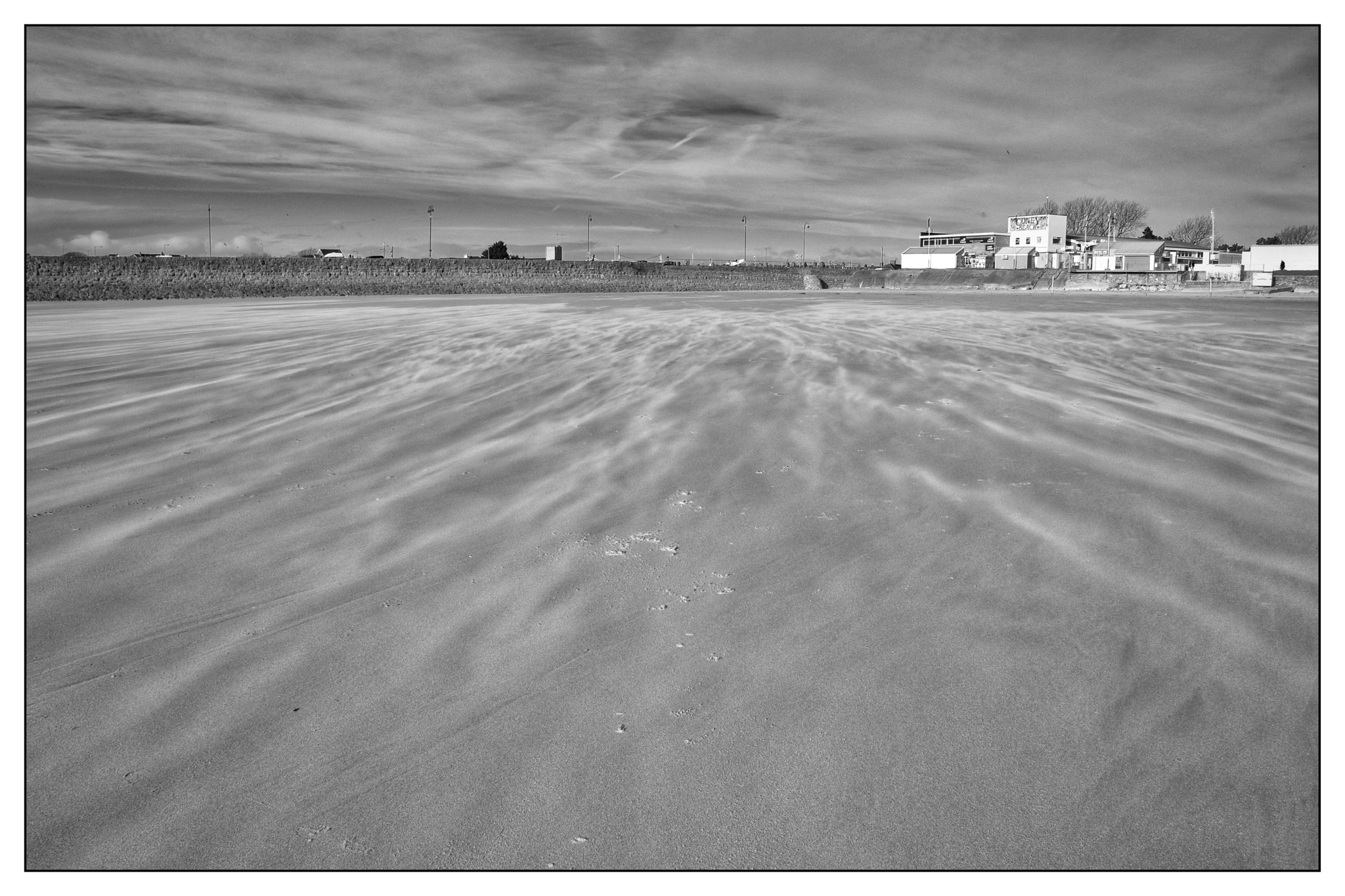 Shifting sands by darrendobbsphoto