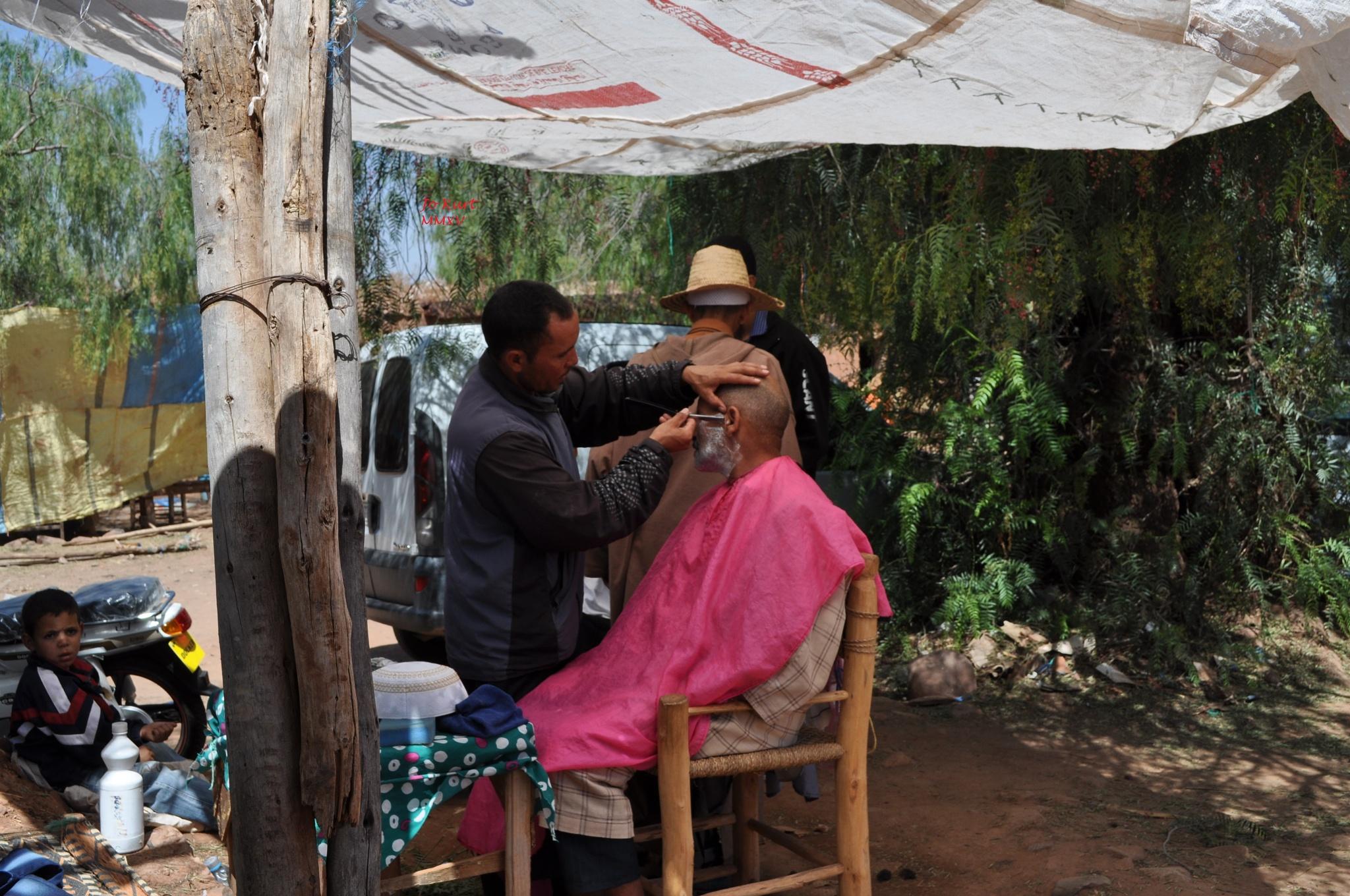 barber shop in the street by jo.kurt.9022