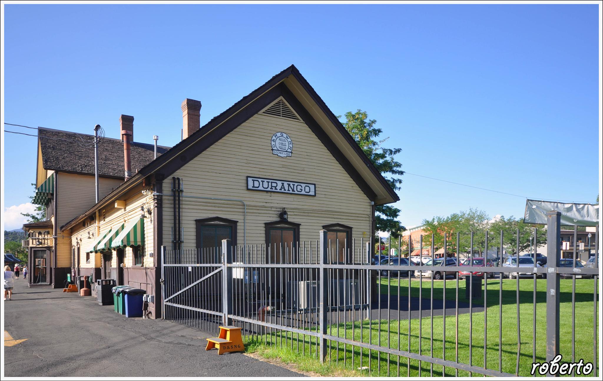 Durango and Silverton Narrow Gauge Railroad & Museum by roberto scarpone