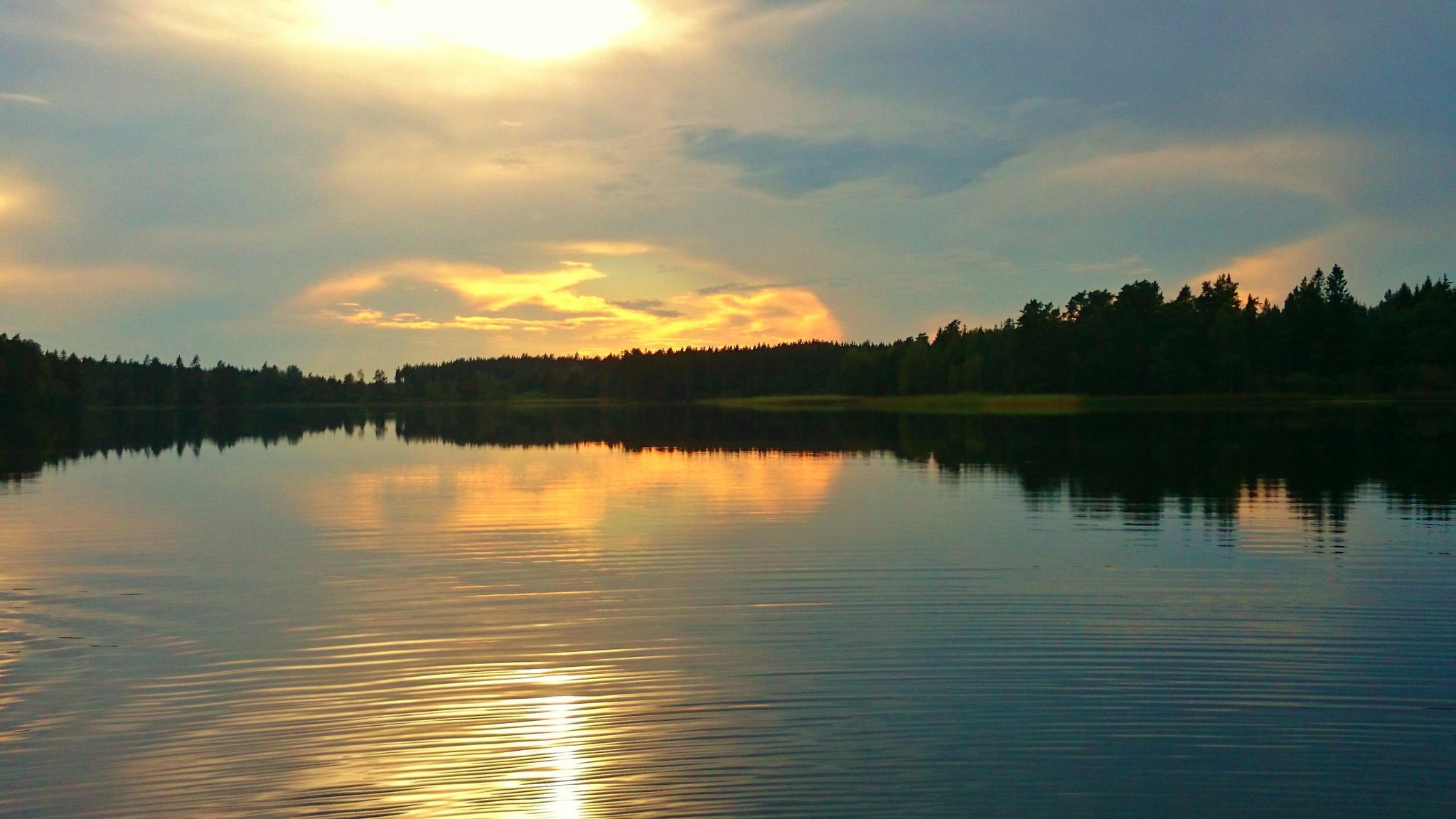 Sunset in Sörmland  by Jocke Json